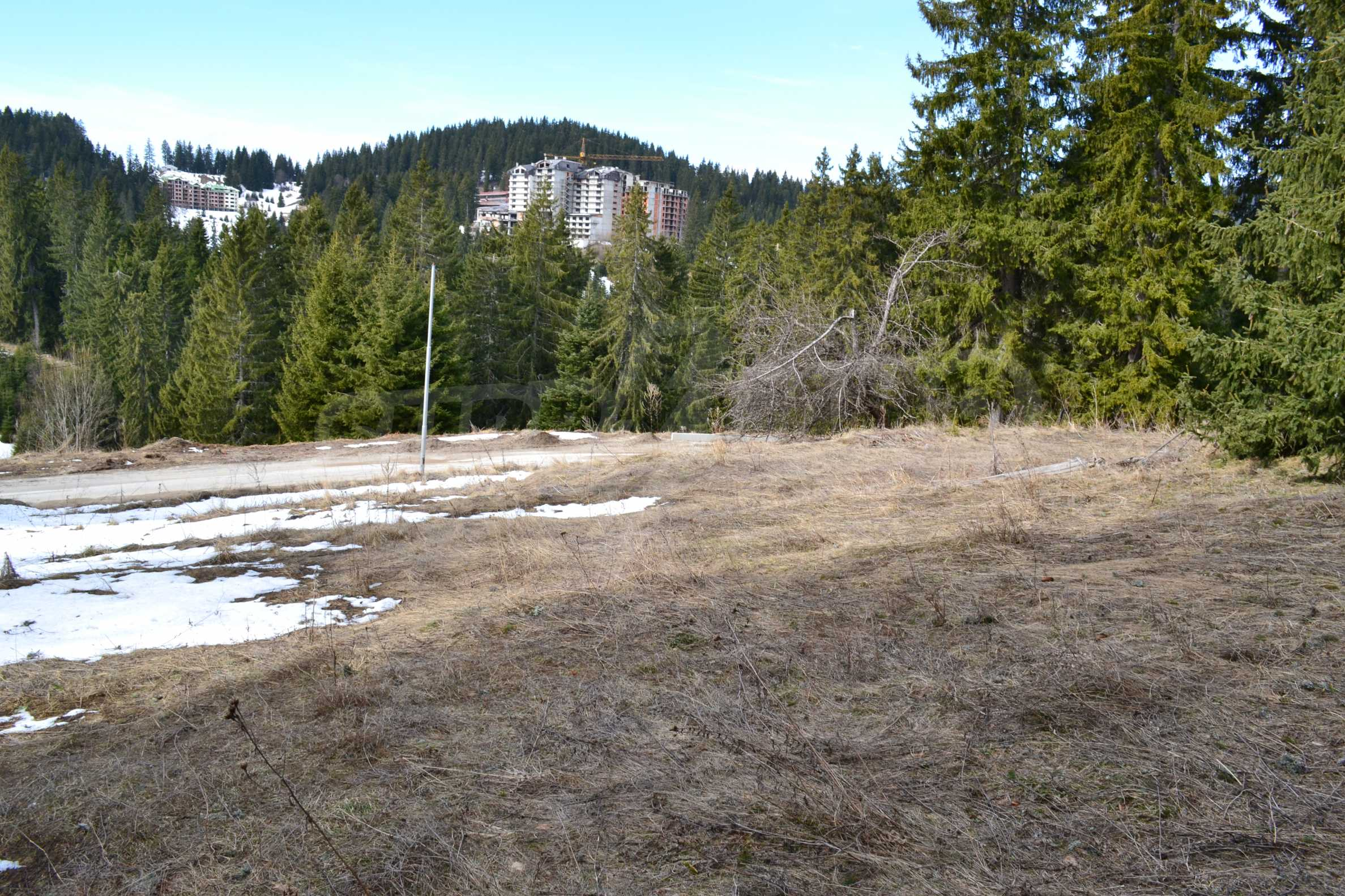 Development land for sale in the center of Pamporovo 5