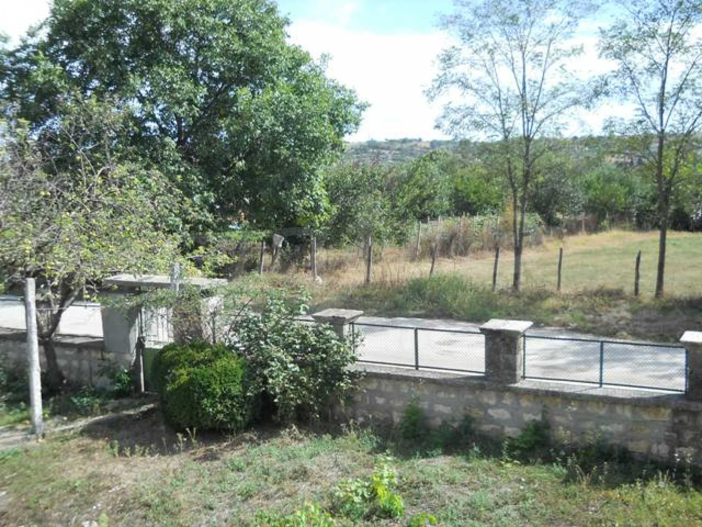 Къща продава близо до Варна 19