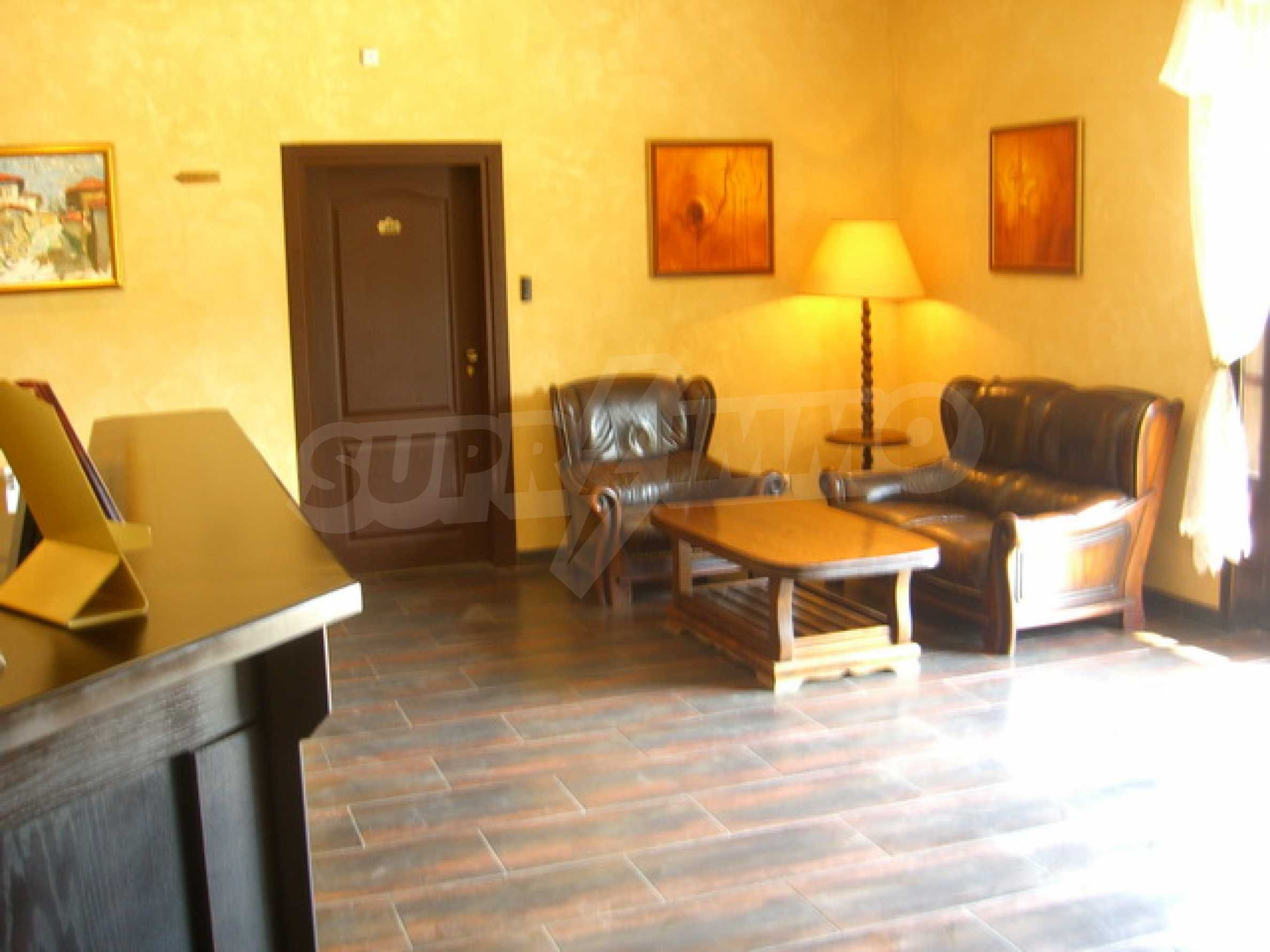 Two bedroom apartment in famous Arbanasi 13