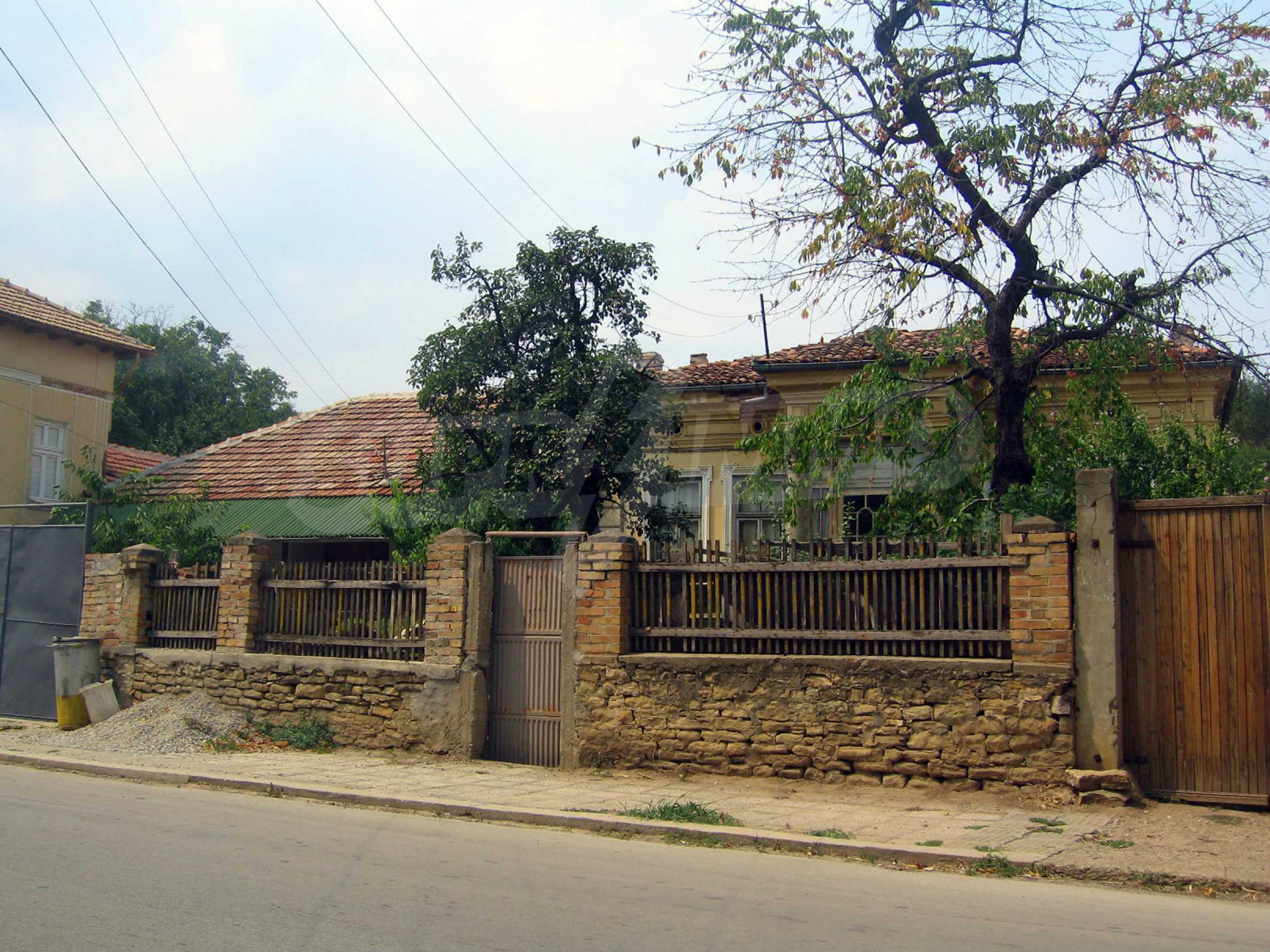 One-storey house located in a small town  30