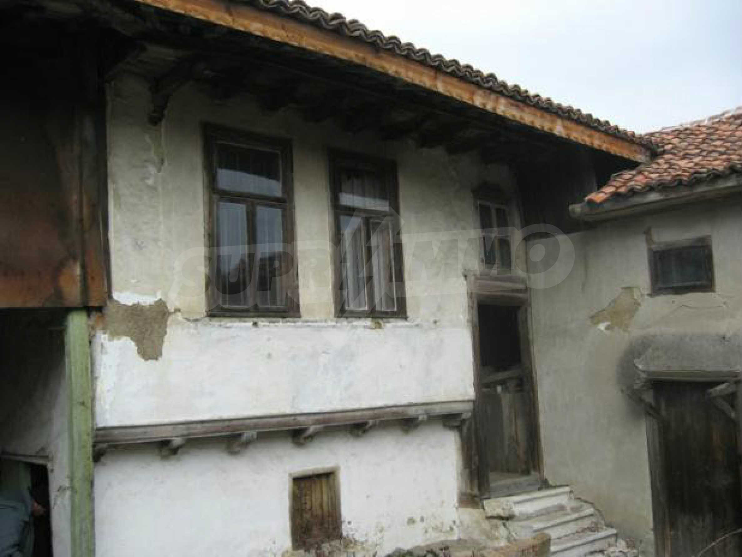 House built in traditional Bulgarian Style 2