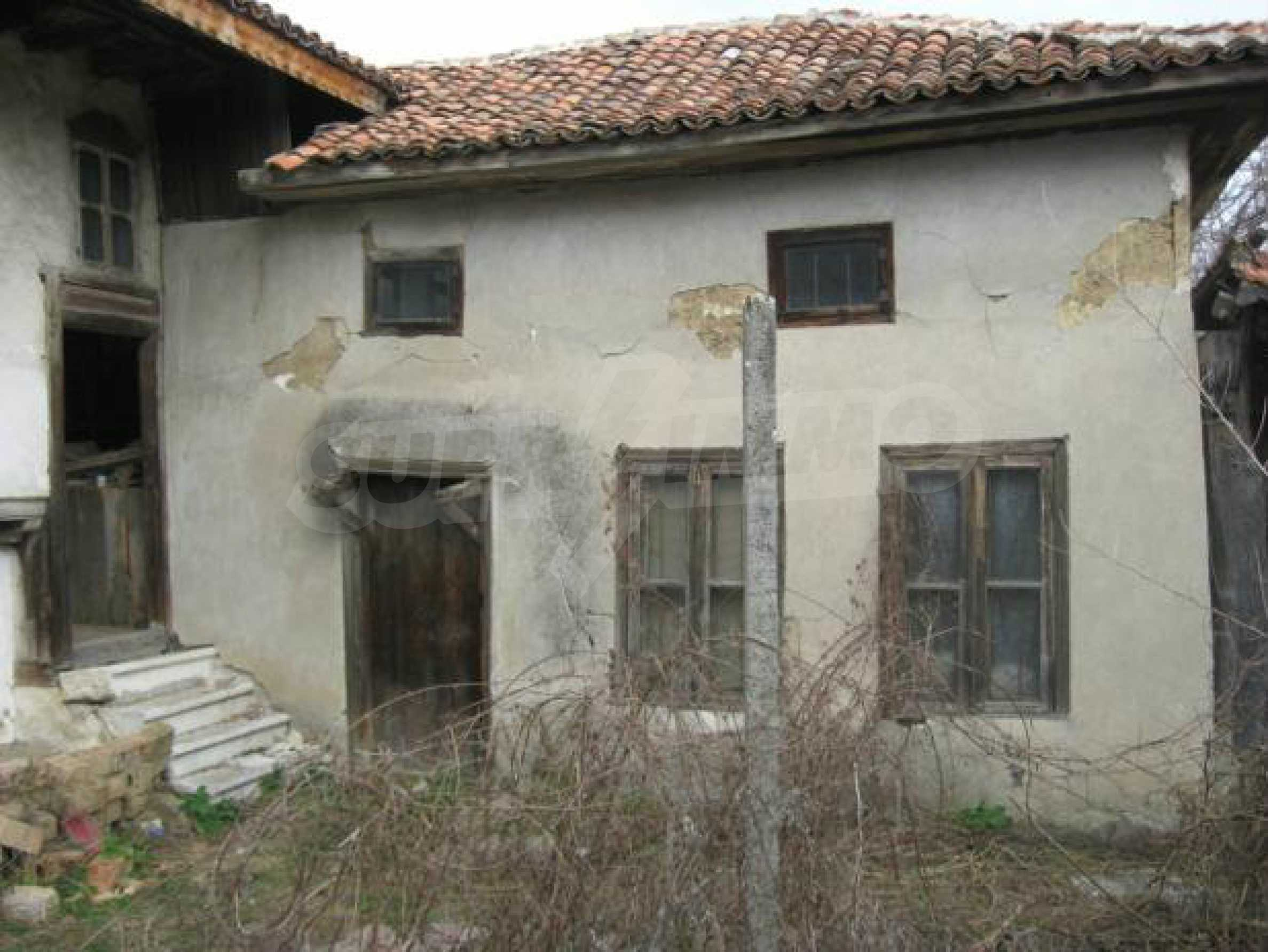 House built in traditional Bulgarian Style 3