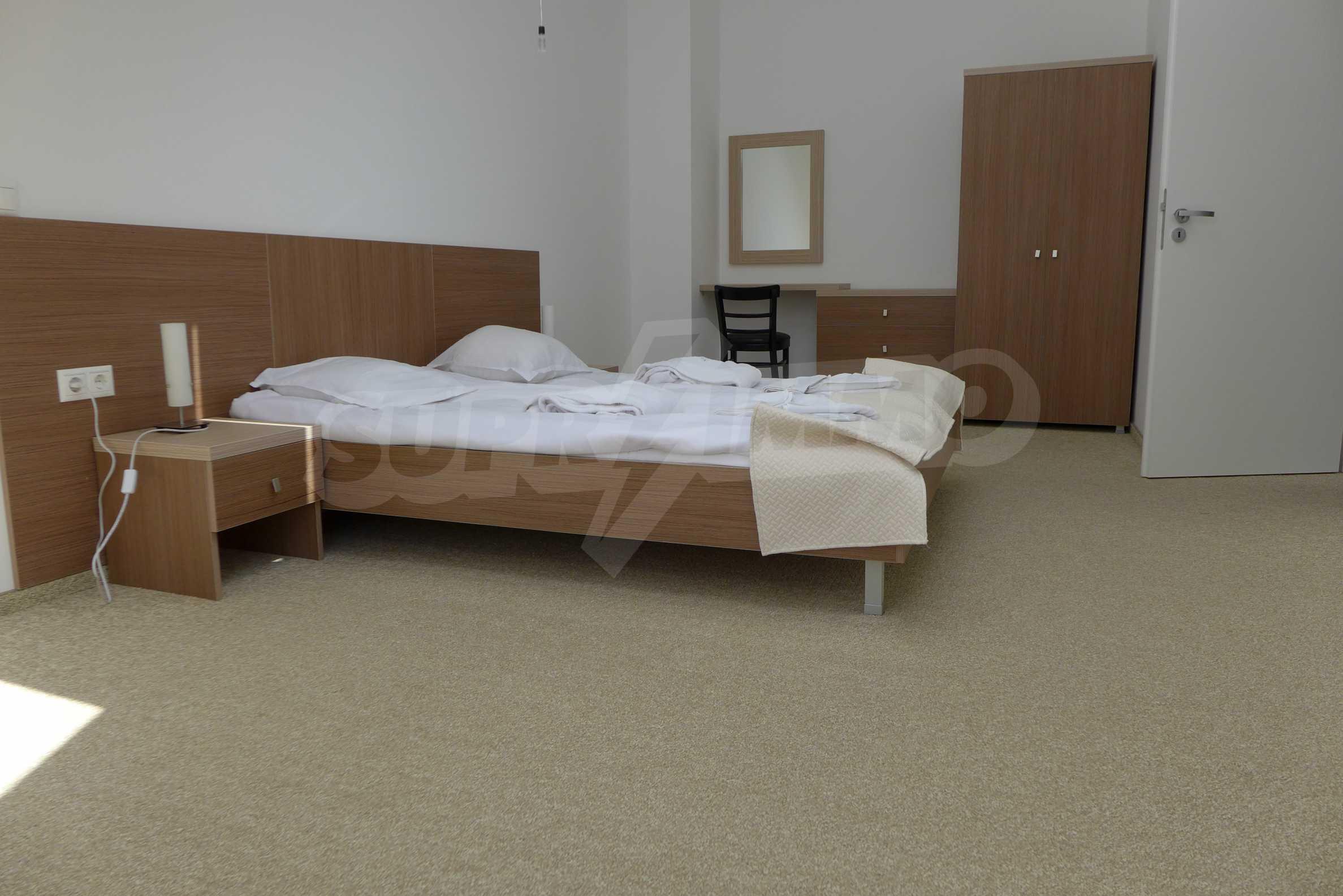 Четиристаен апартамент в Saint George Lodge 9