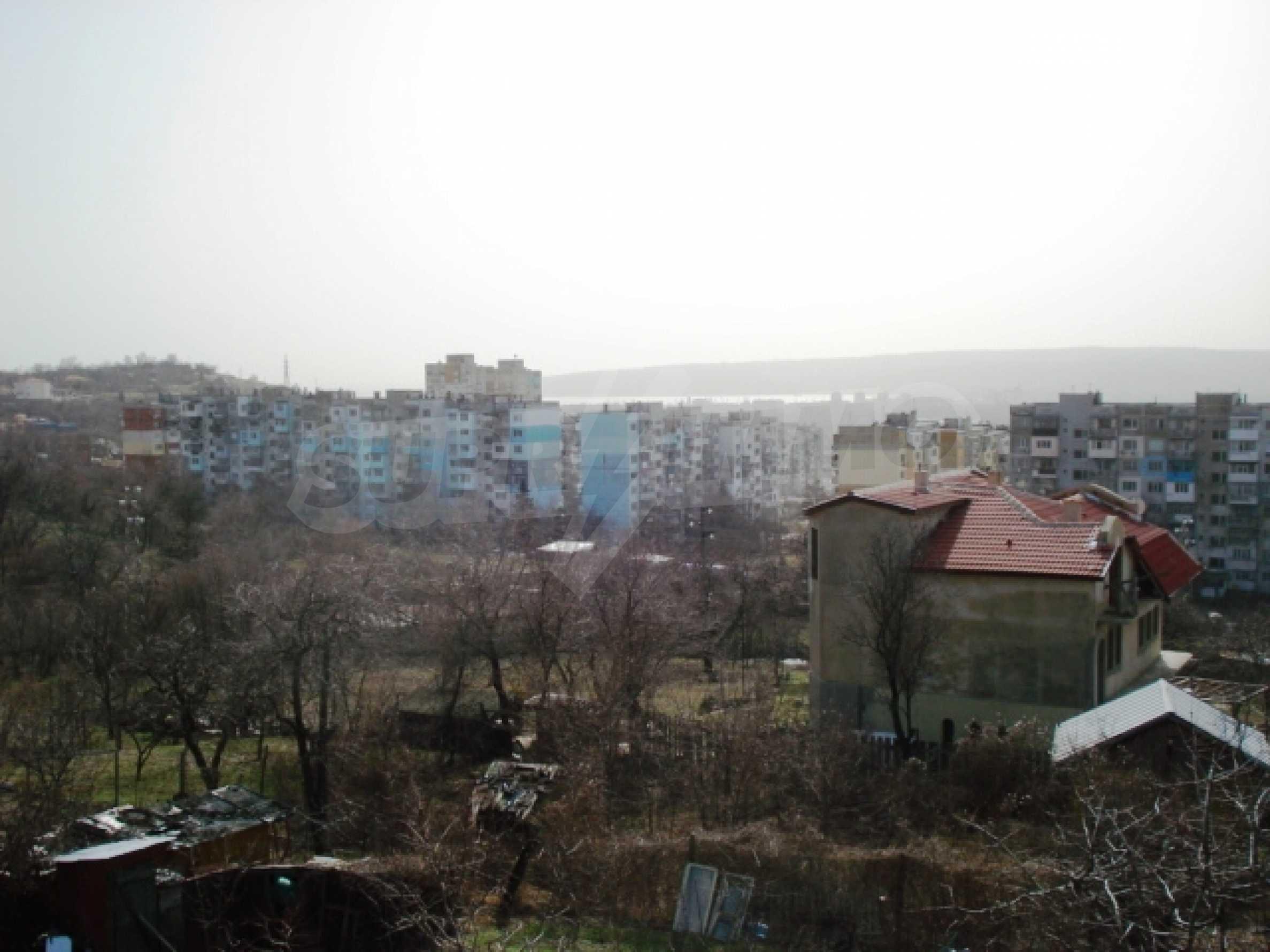Парцел за продажба във Варна 2