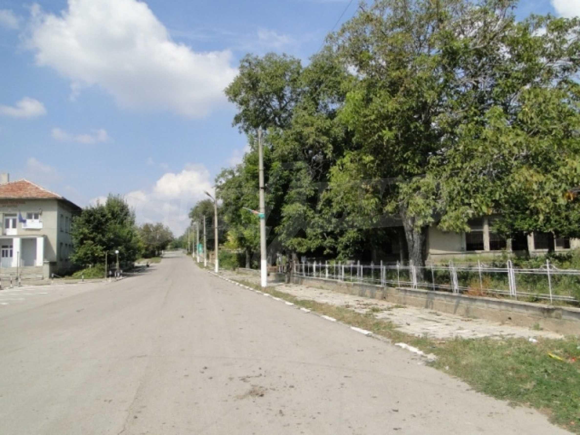 Hof im Dorf Markovo 2