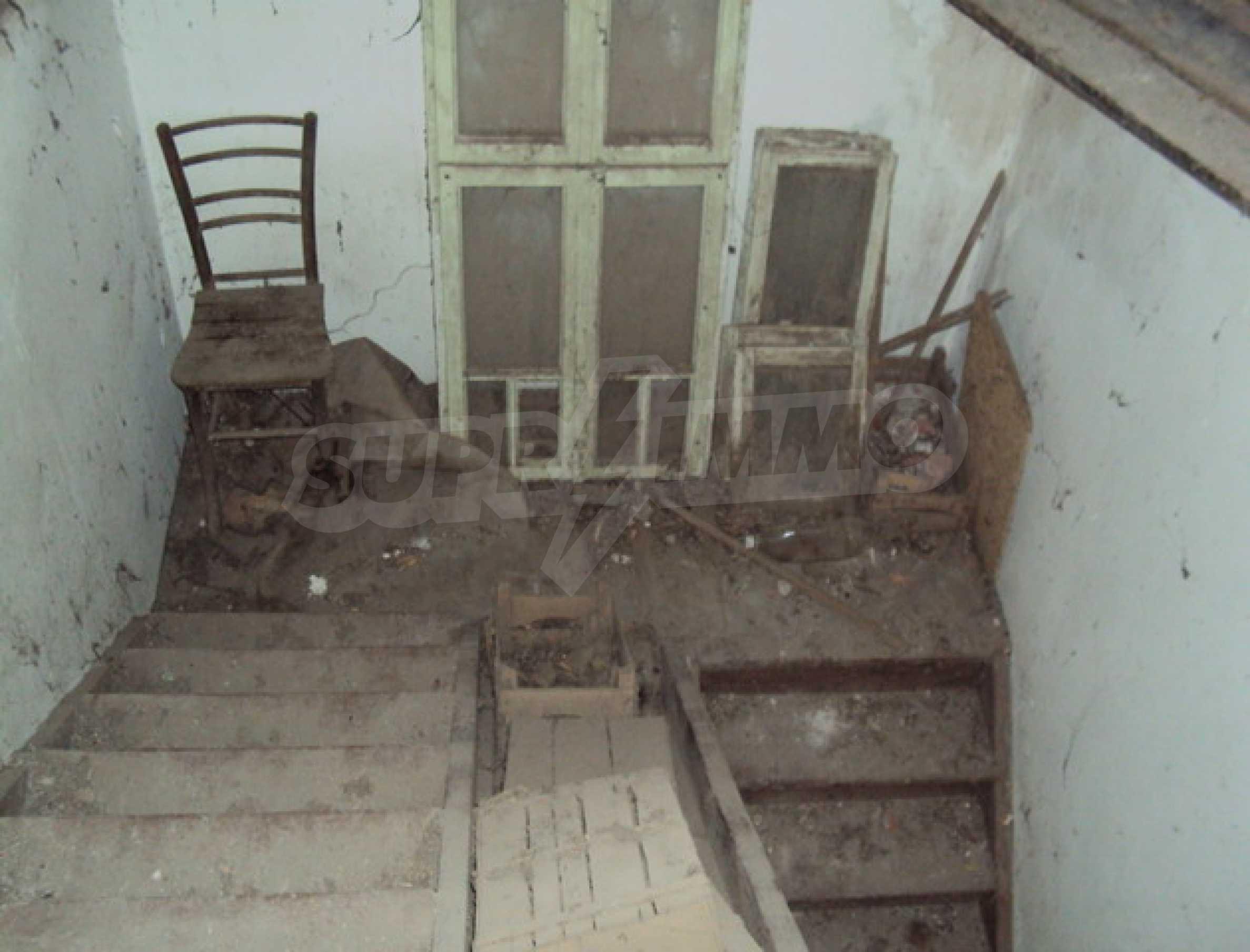 Дом в деревне с минеральными источниками 9