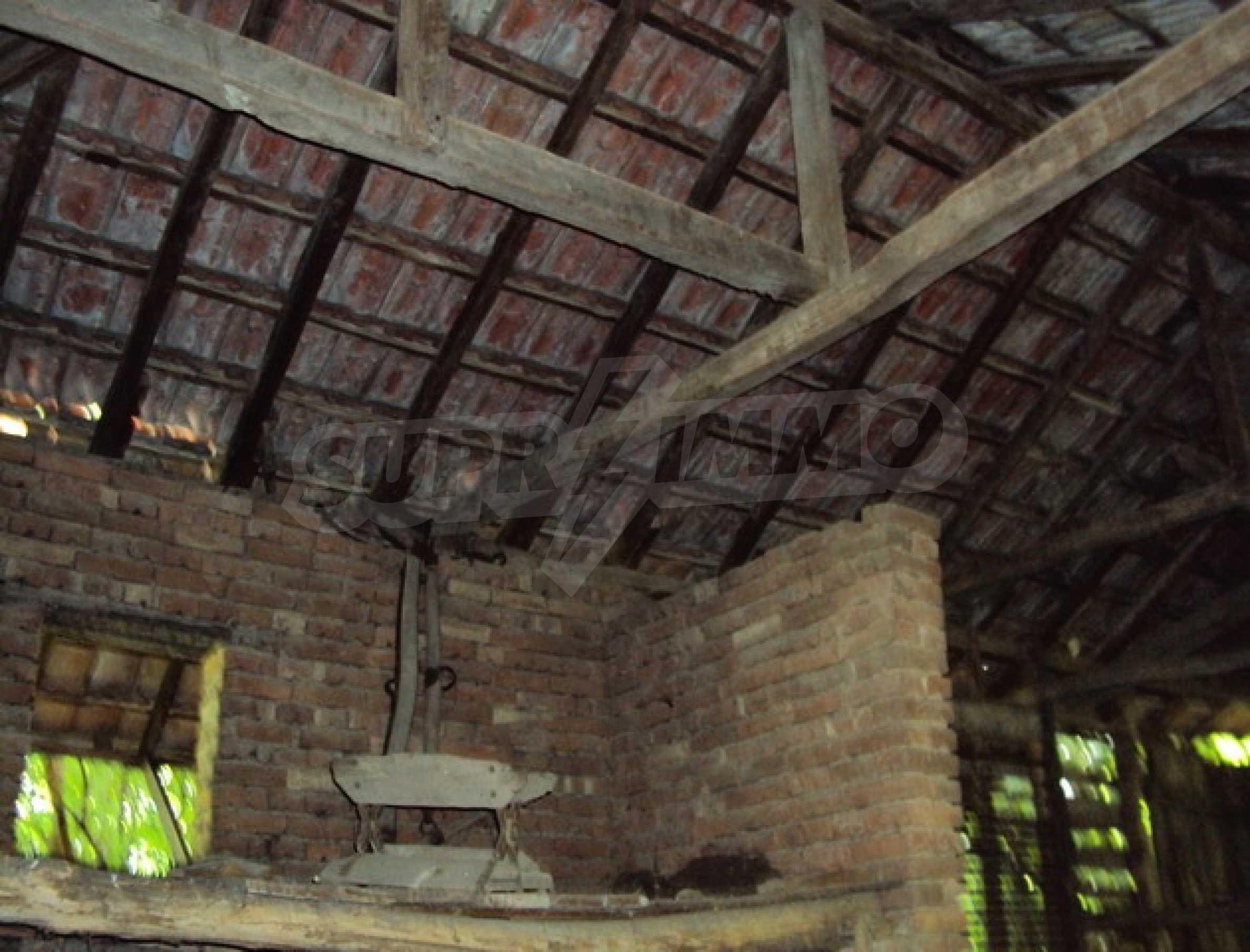 Дом в деревне с минеральными источниками 12