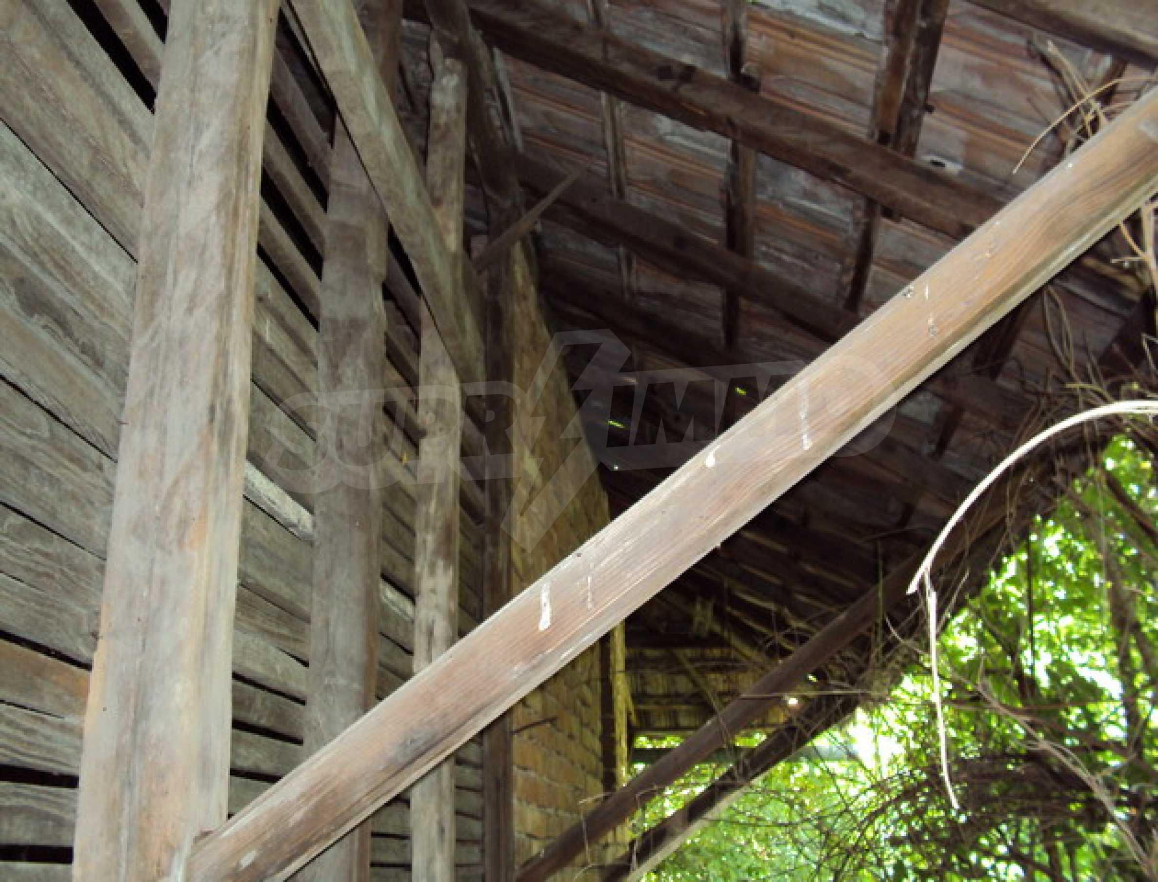 Дом в деревне с минеральными источниками 13