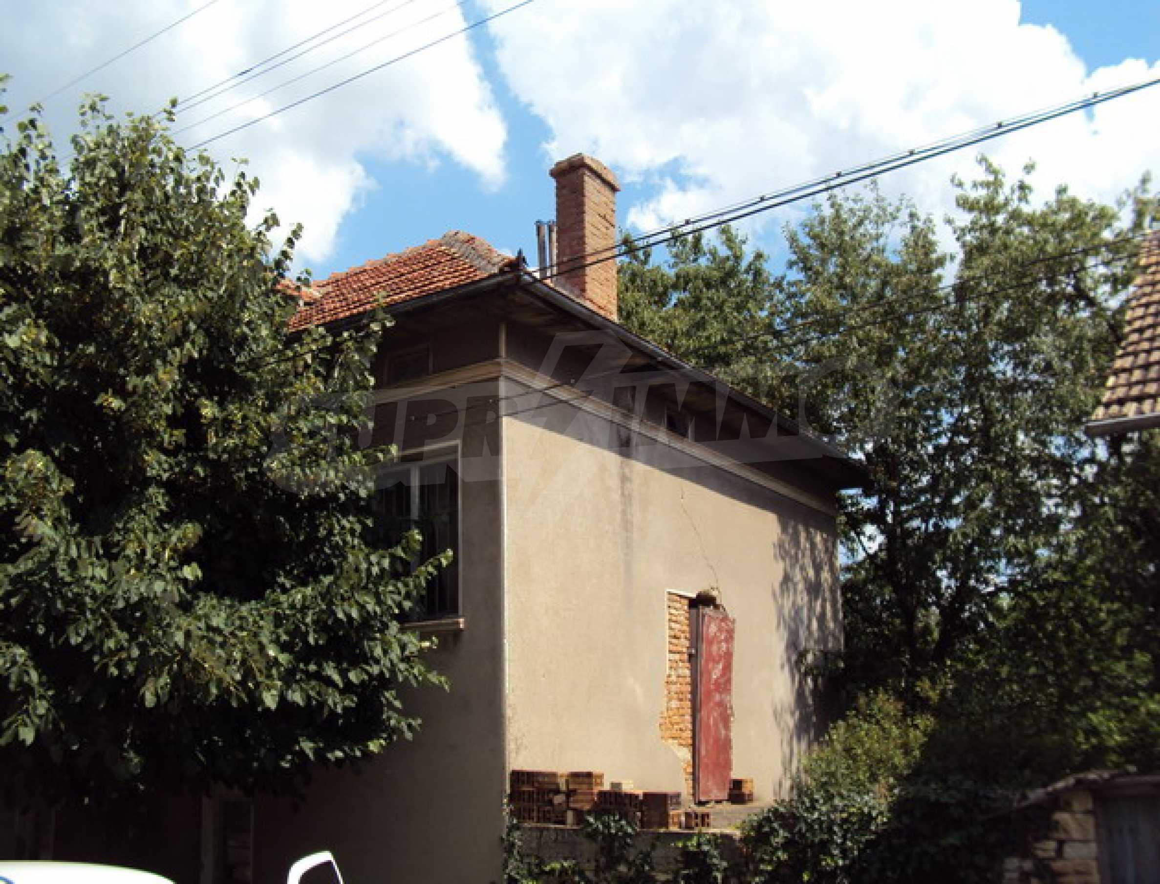 Дом в деревне с минеральными источниками 5