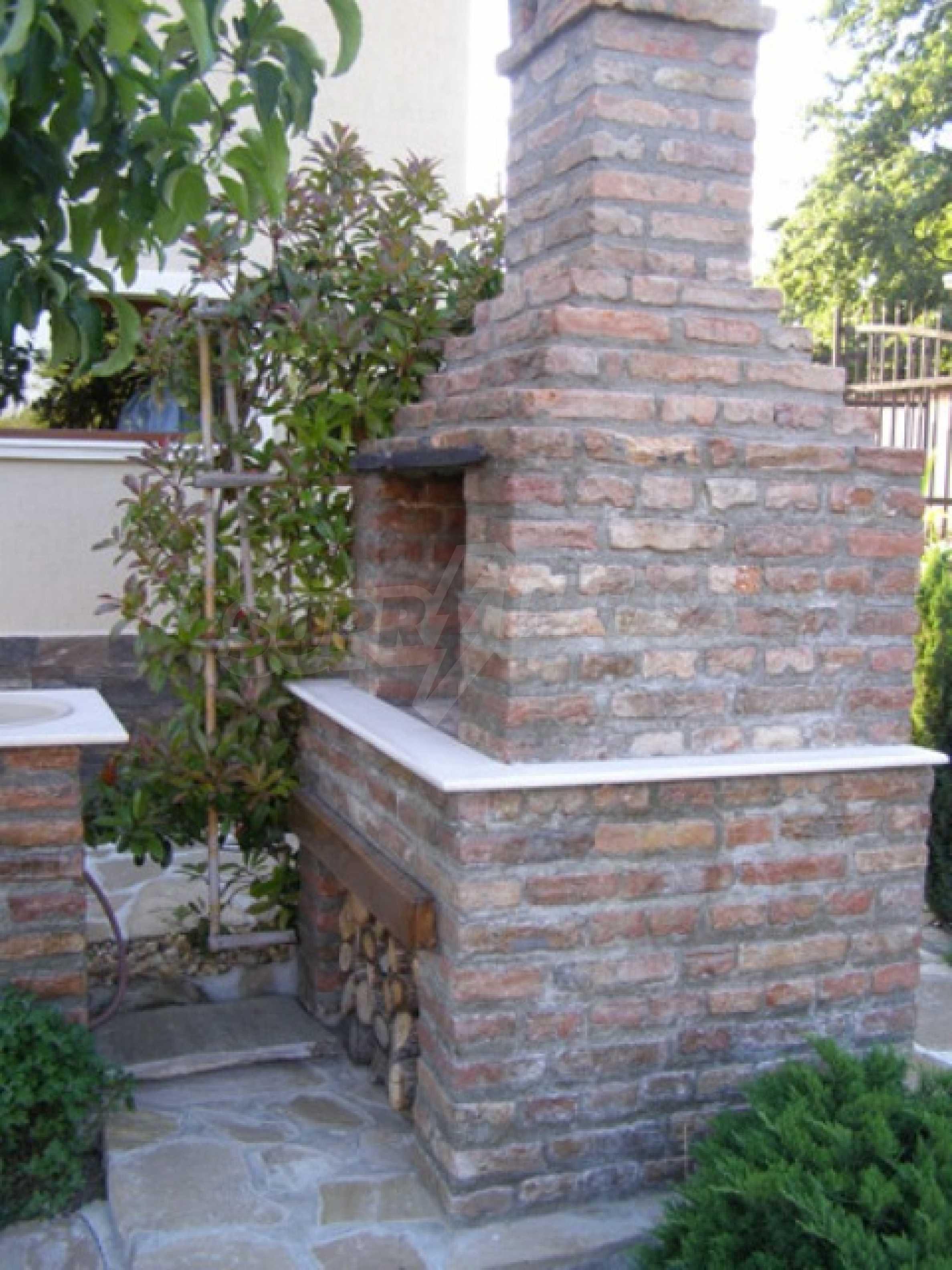 Изключителна еднофамилна къща край Варна 34