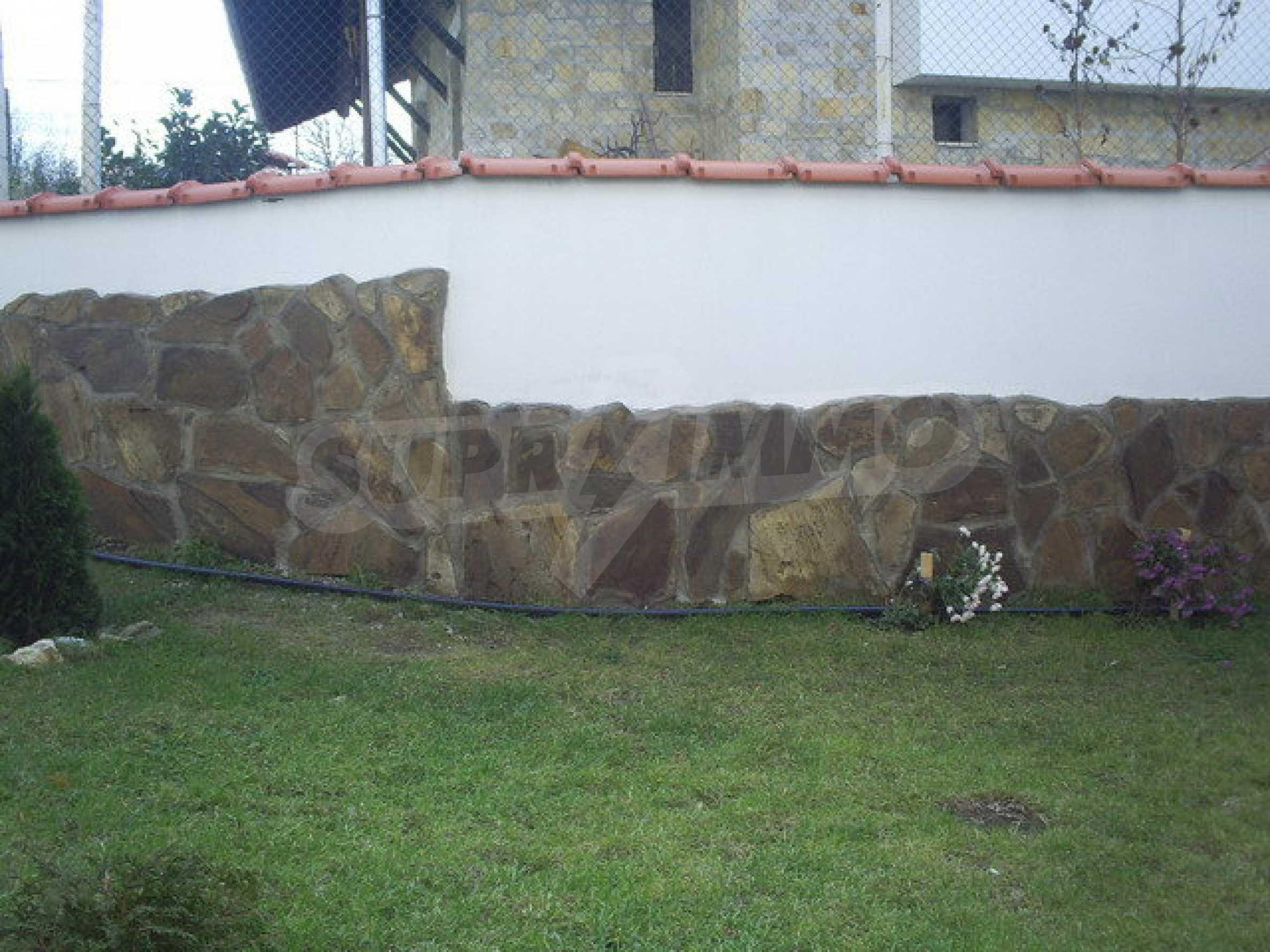 Ein-Zimmer-Wohnung mit Parkplatz und Lagerung in Arbanassi Architekturreservat 8