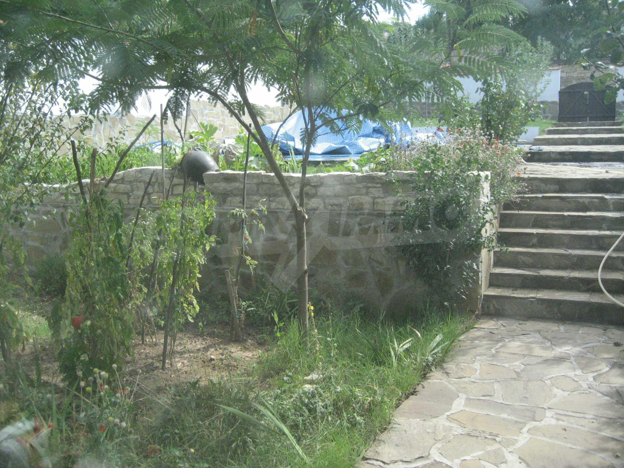 Ein-Zimmer-Wohnung mit Parkplatz und Lagerung in Arbanassi Architekturreservat 11