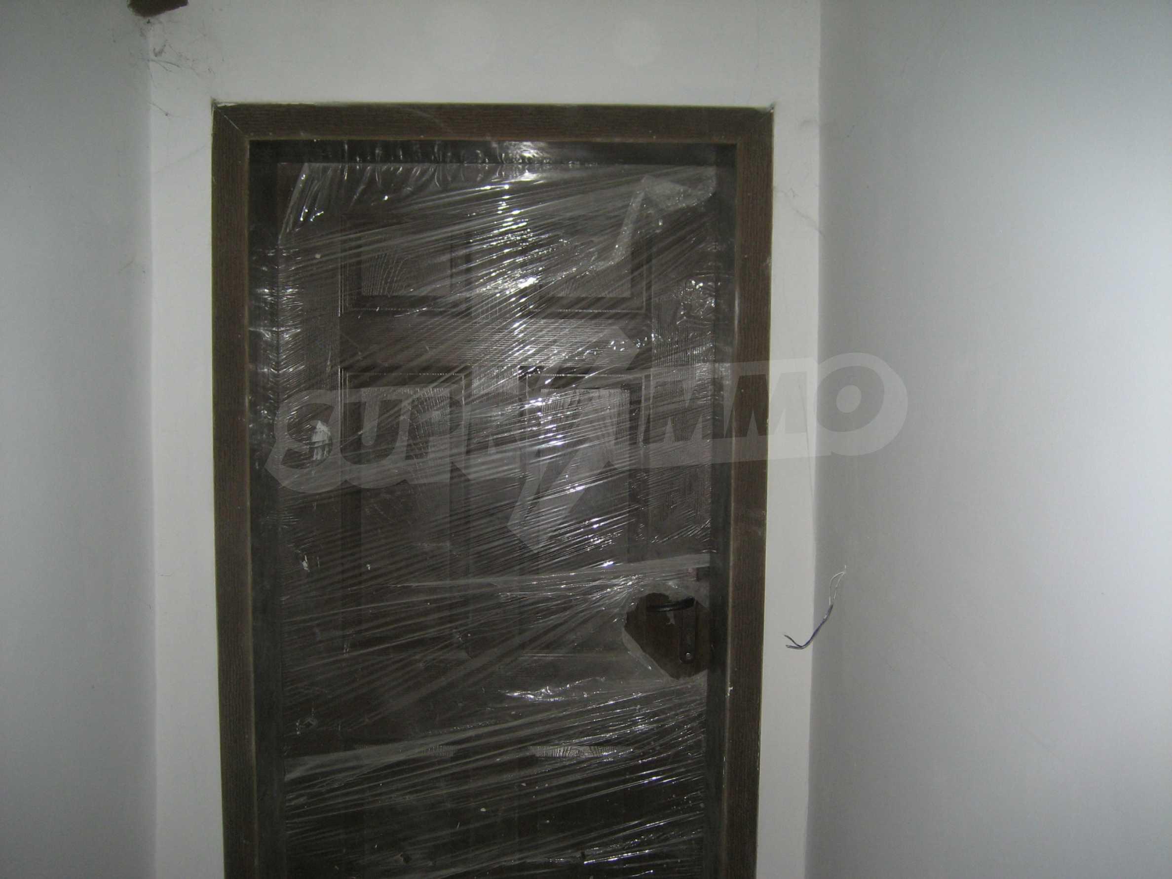 Ein-Zimmer-Wohnung mit Parkplatz und Lagerung in Arbanassi Architekturreservat 16