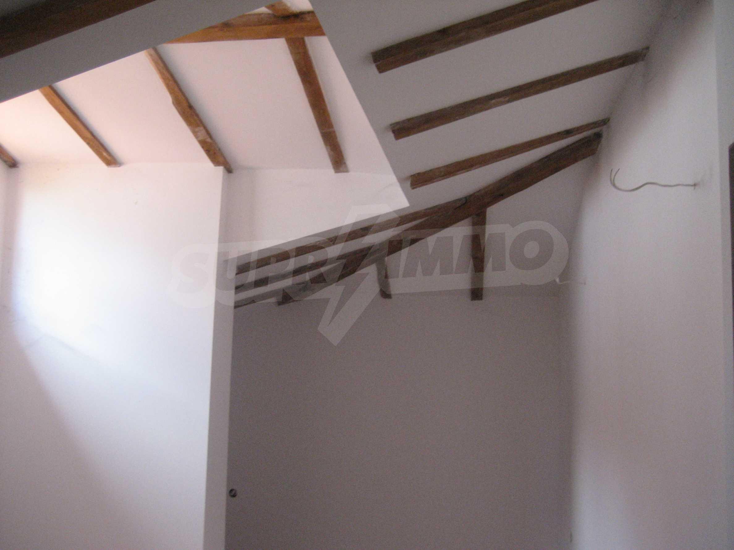 Ein-Zimmer-Wohnung mit Parkplatz und Lagerung in Arbanassi Architekturreservat 18