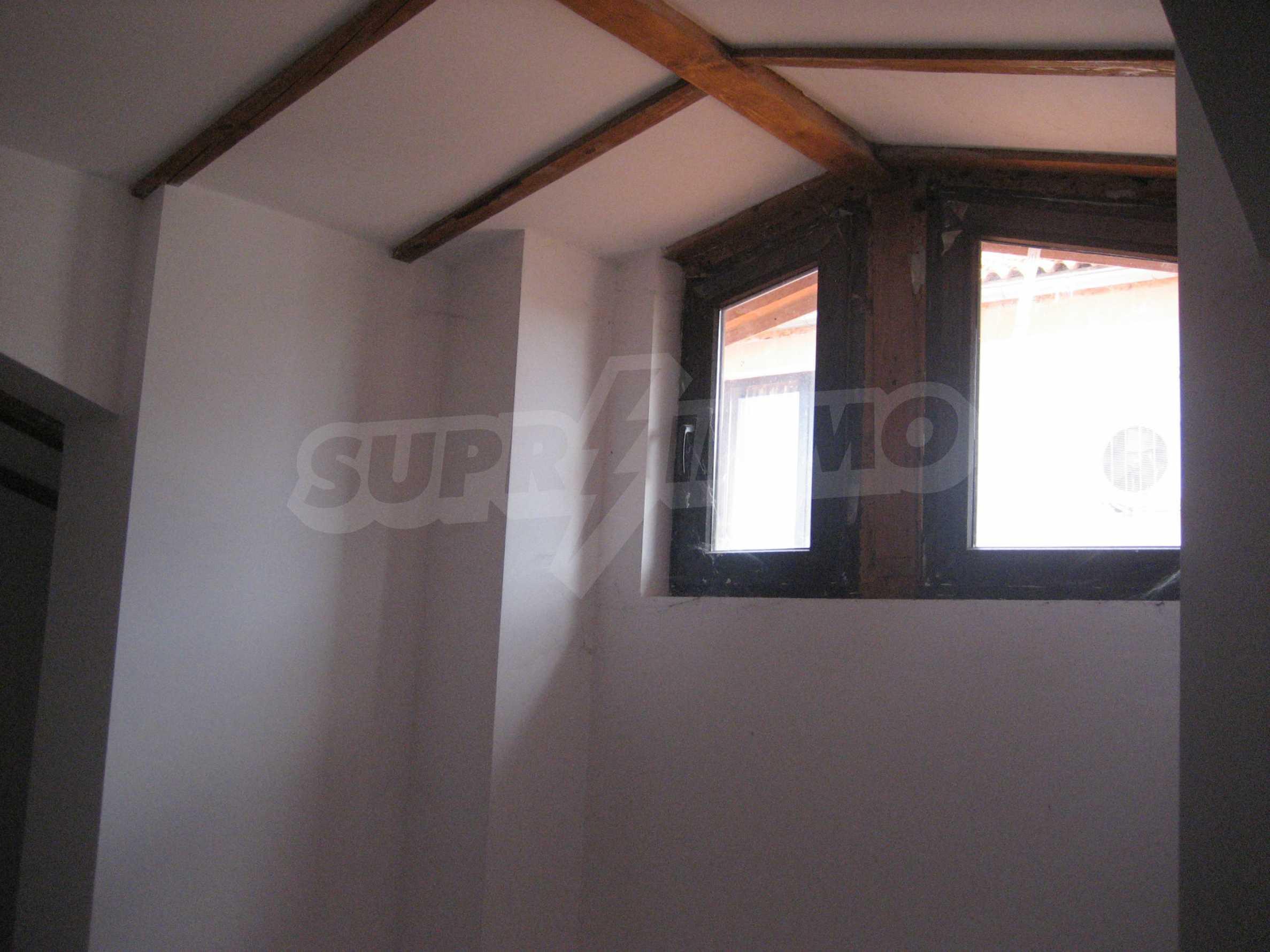 Ein-Zimmer-Wohnung mit Parkplatz und Lagerung in Arbanassi Architekturreservat 19