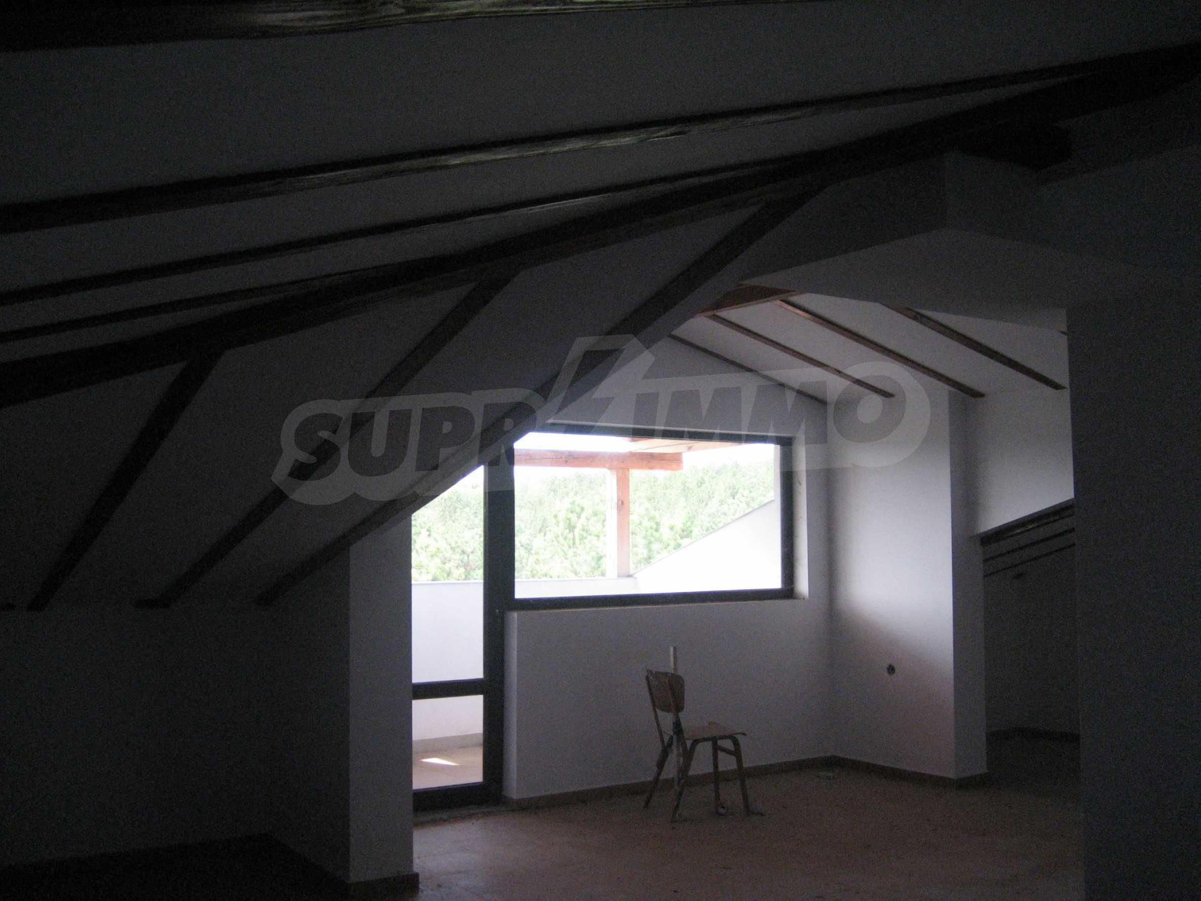 Ein-Zimmer-Wohnung mit Parkplatz und Lagerung in Arbanassi Architekturreservat 28