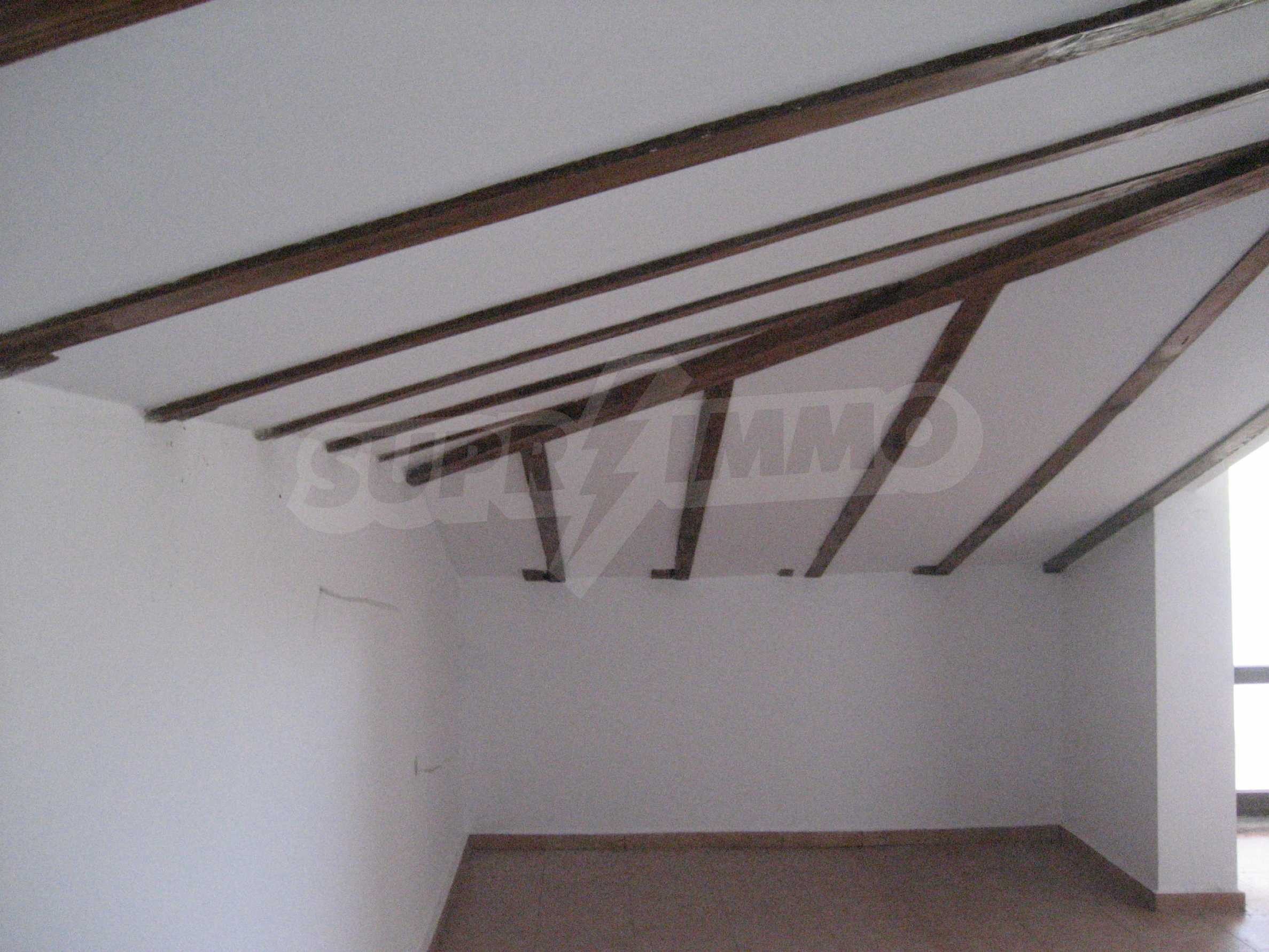 Ein-Zimmer-Wohnung mit Parkplatz und Lagerung in Arbanassi Architekturreservat 29