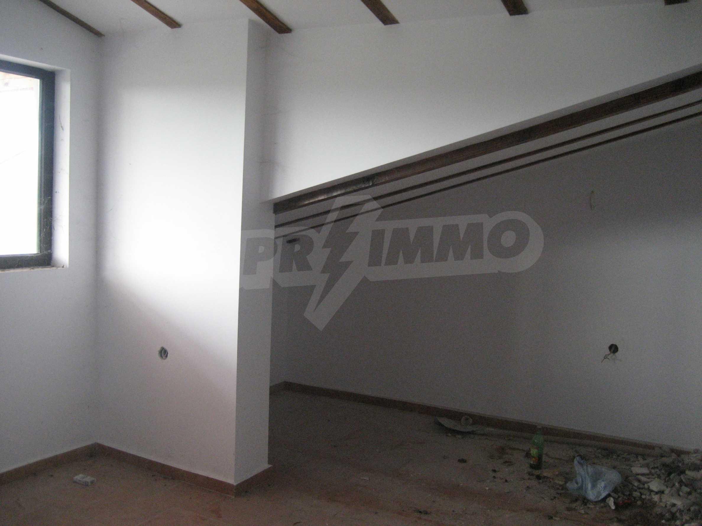 Ein-Zimmer-Wohnung mit Parkplatz und Lagerung in Arbanassi Architekturreservat 30