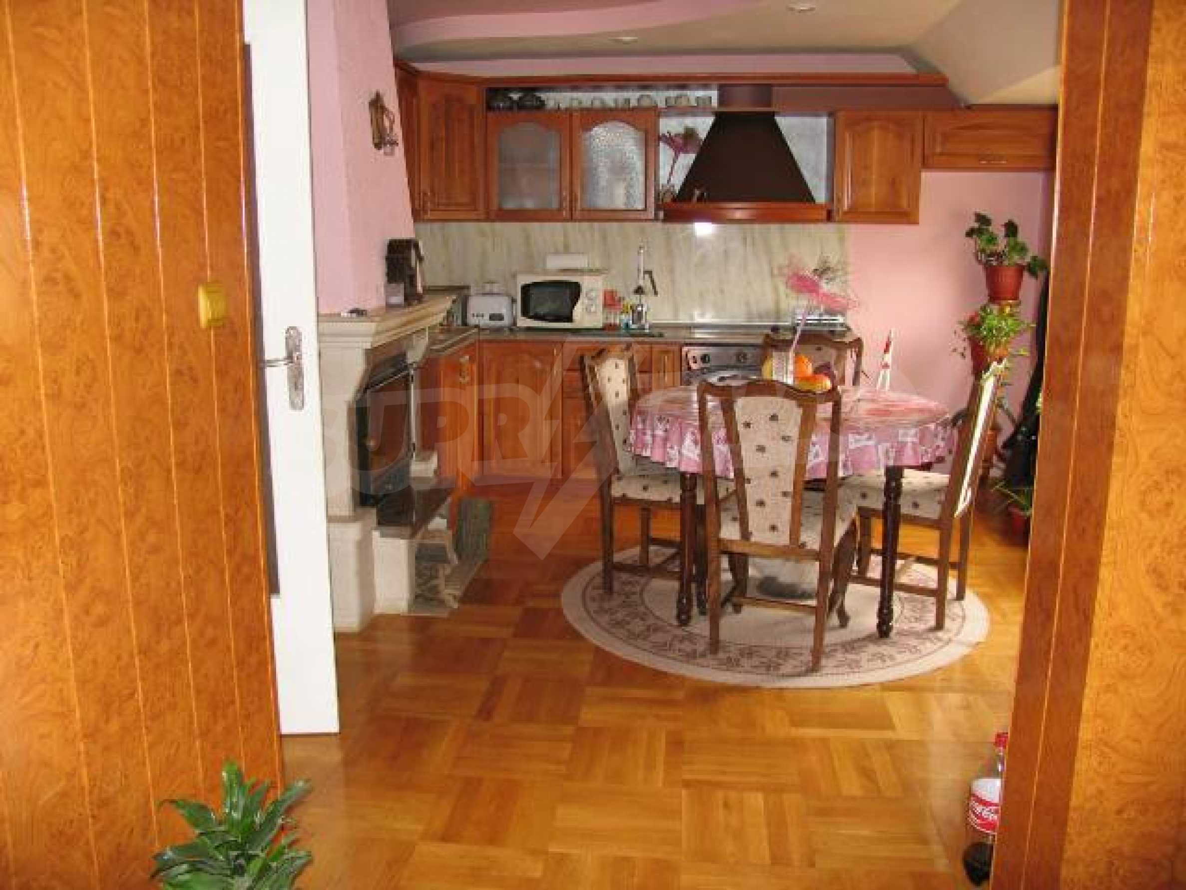 2-bedroom apartment in the absolute centre of Dobrich 19