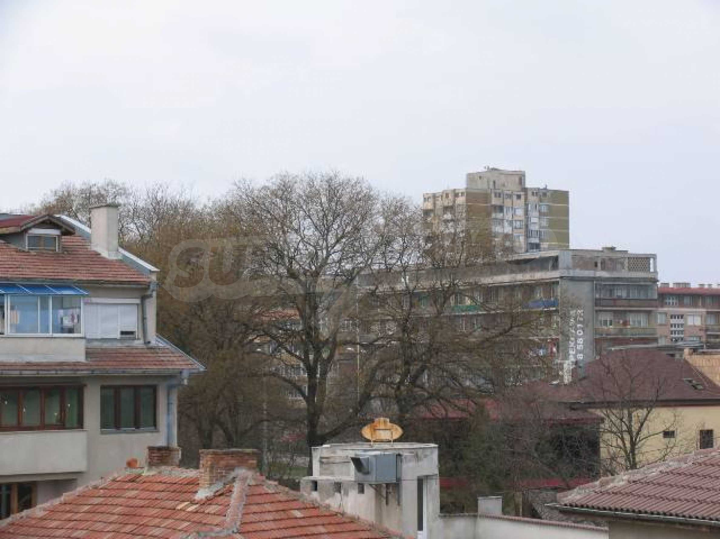 2-bedroom apartment in the absolute centre of Dobrich 24