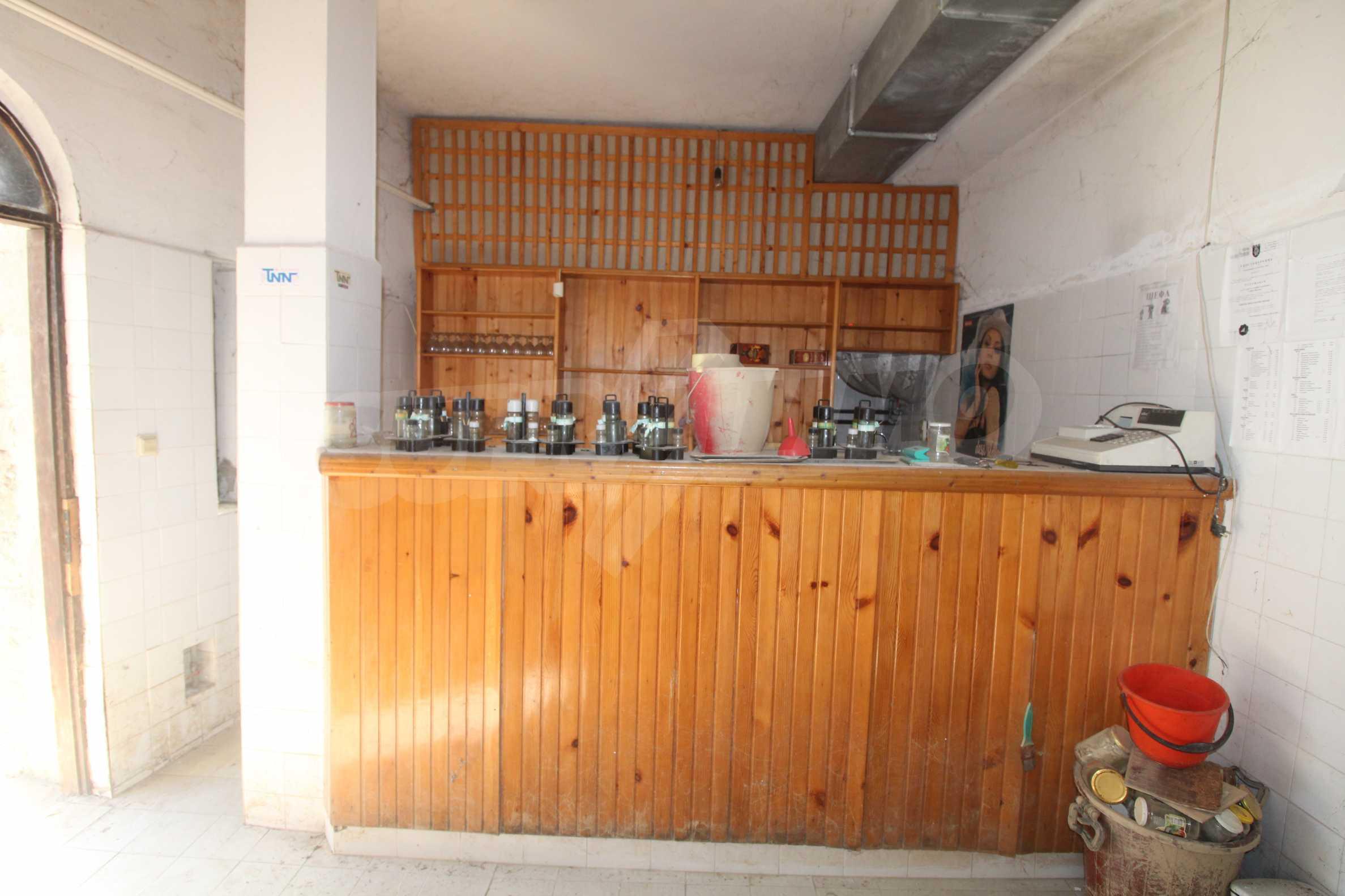 Restaurant am Fuße des Tsarevets-Hügels in Veliko Tarnovo 17