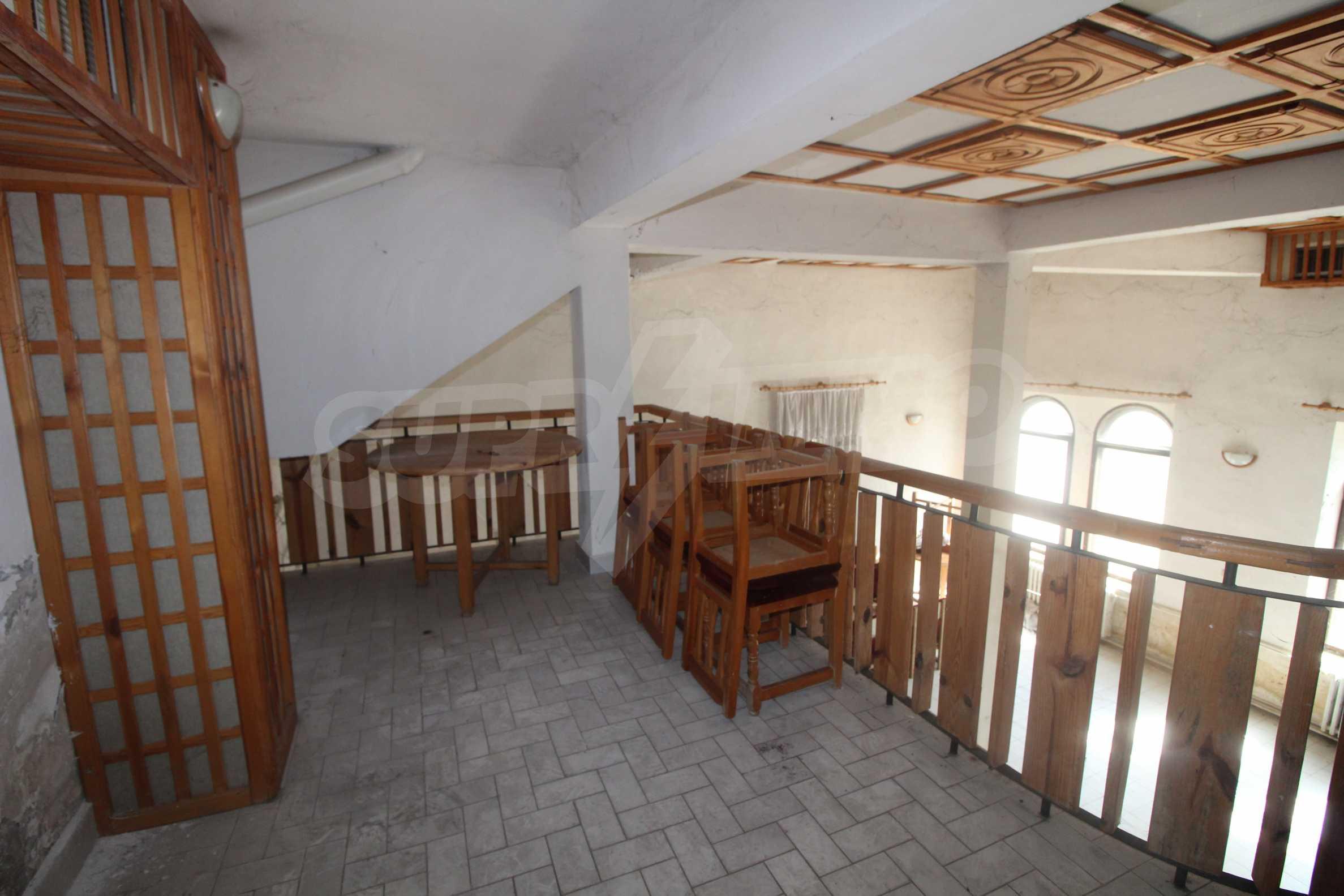 Restaurant am Fuße des Tsarevets-Hügels in Veliko Tarnovo 20