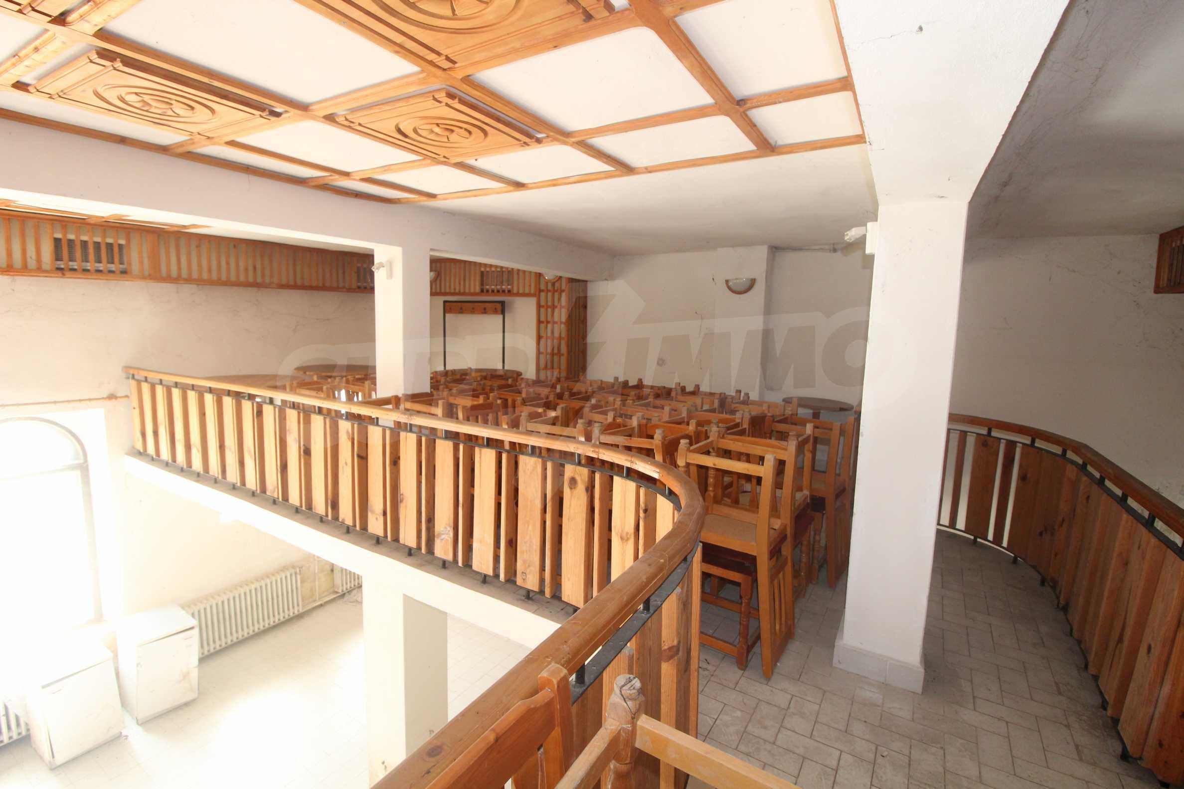 Restaurant am Fuße des Tsarevets-Hügels in Veliko Tarnovo 24