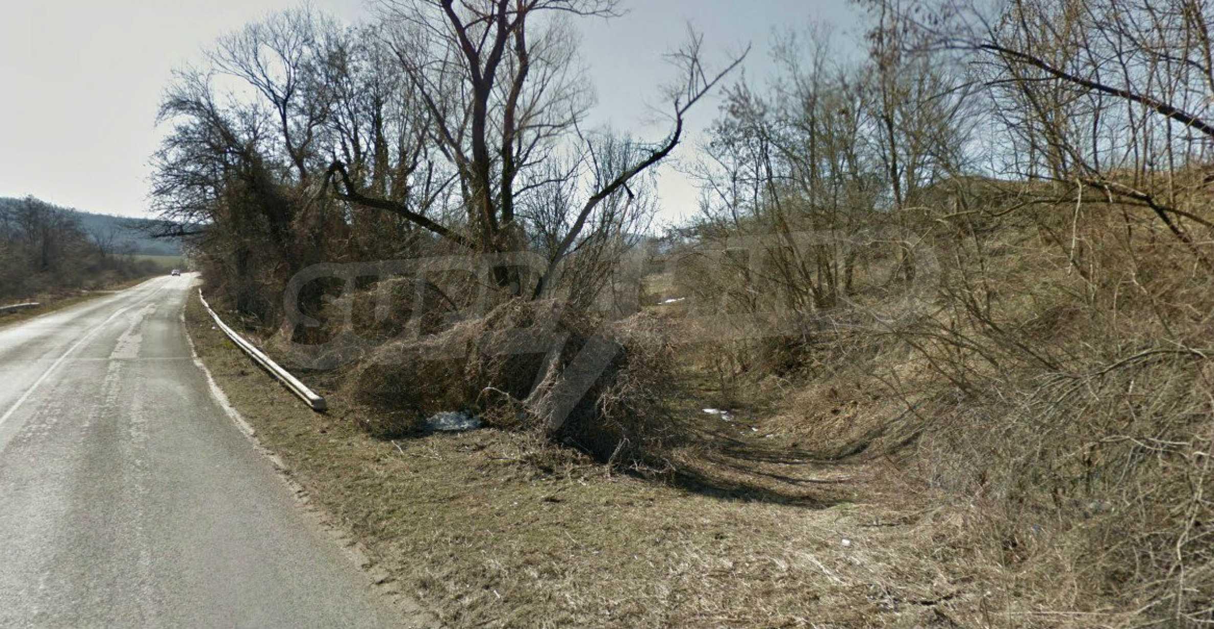 Geregeltes Baugrundstück 21 km von Veliko Tarnovo entfernt