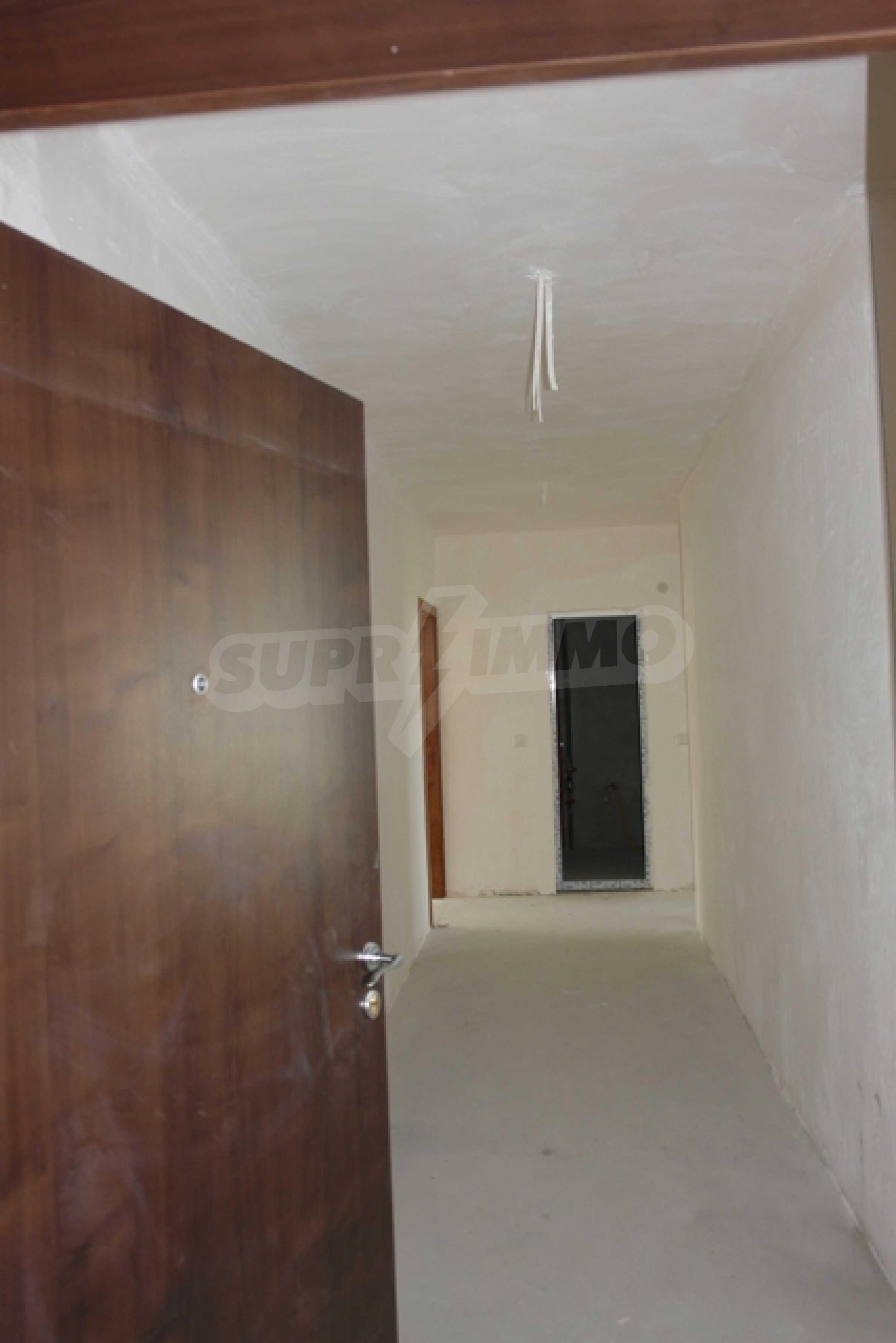 Тристаен апартамент в Русе с невероятна панорама към града 5