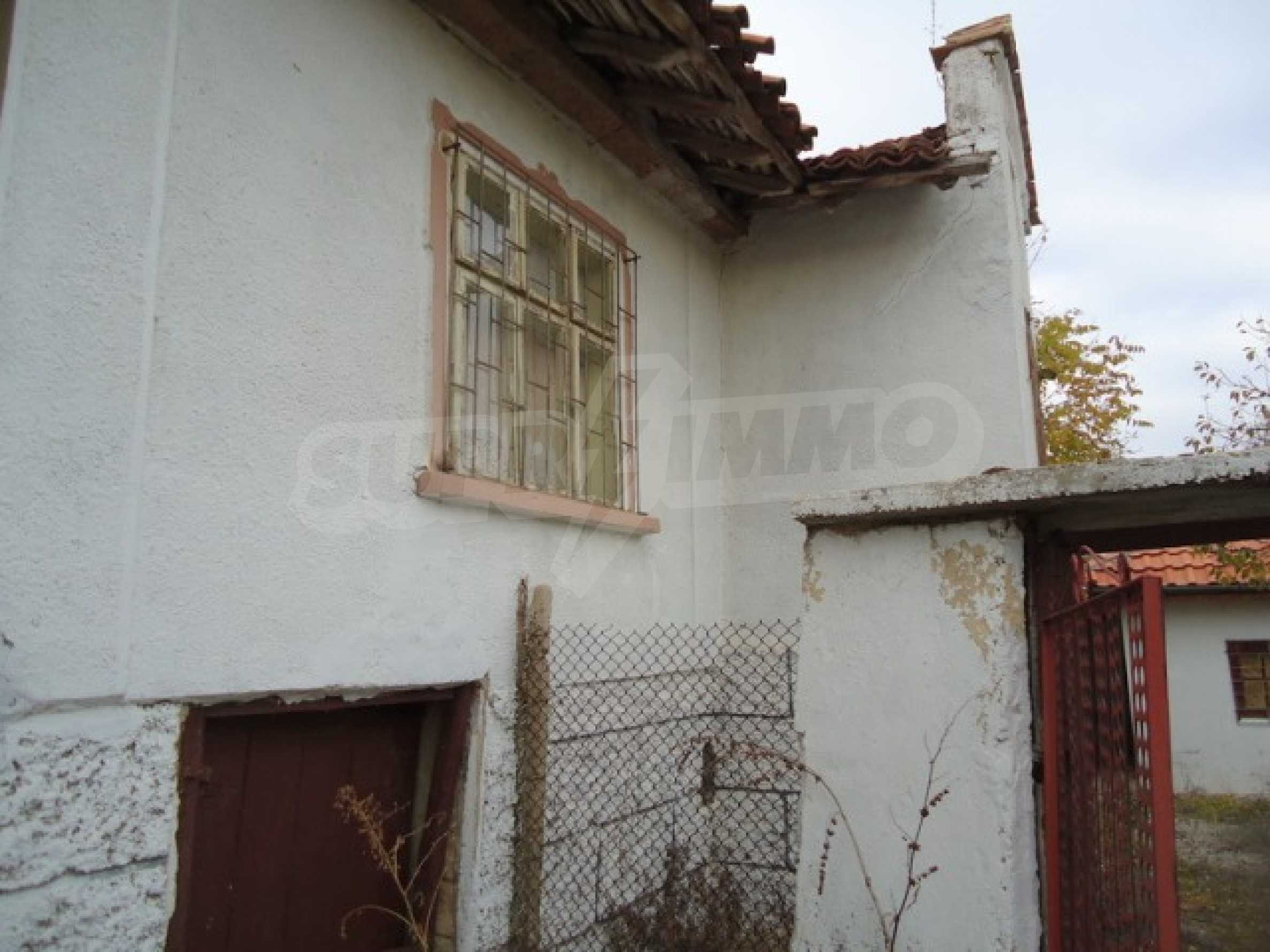 Two-storey house 24 km from the city of Shumen 12