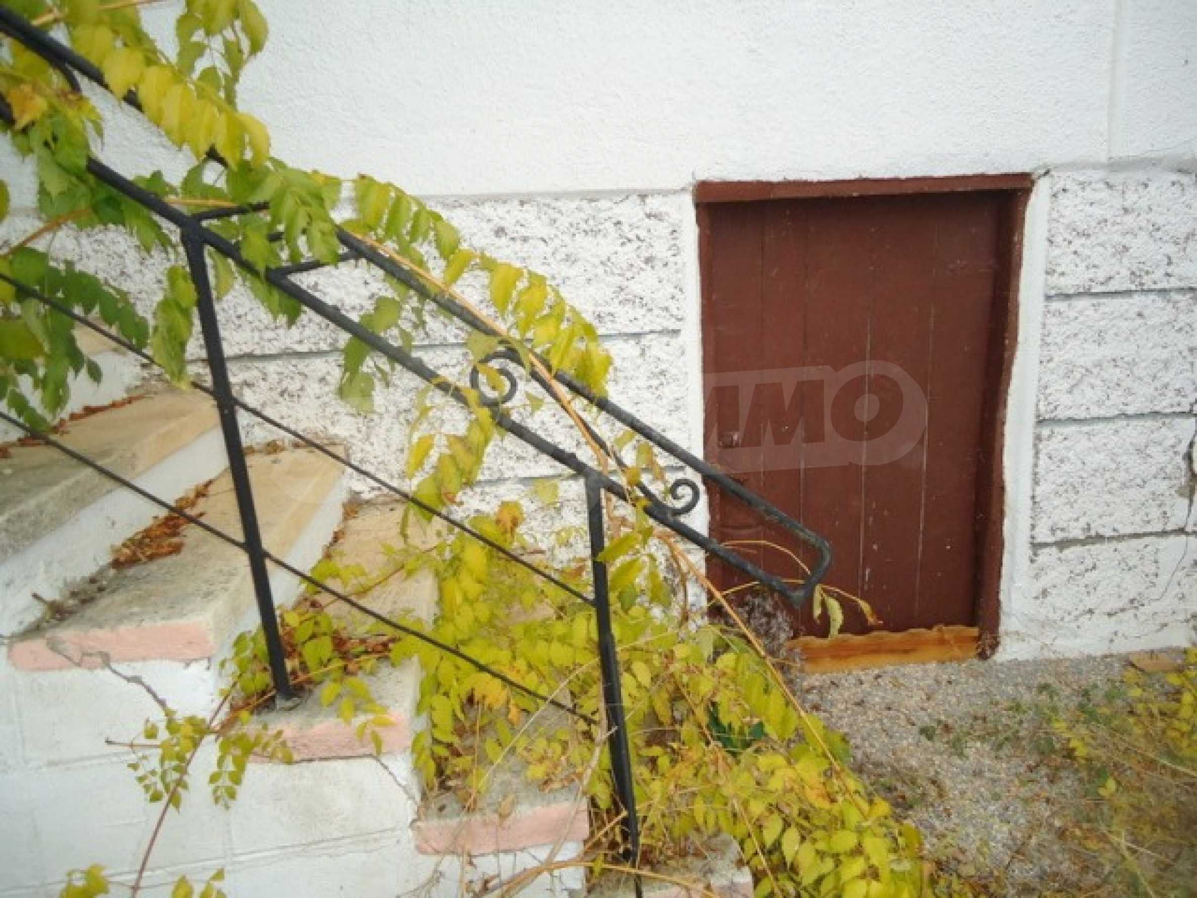 Two-storey house 24 km from the city of Shumen 7