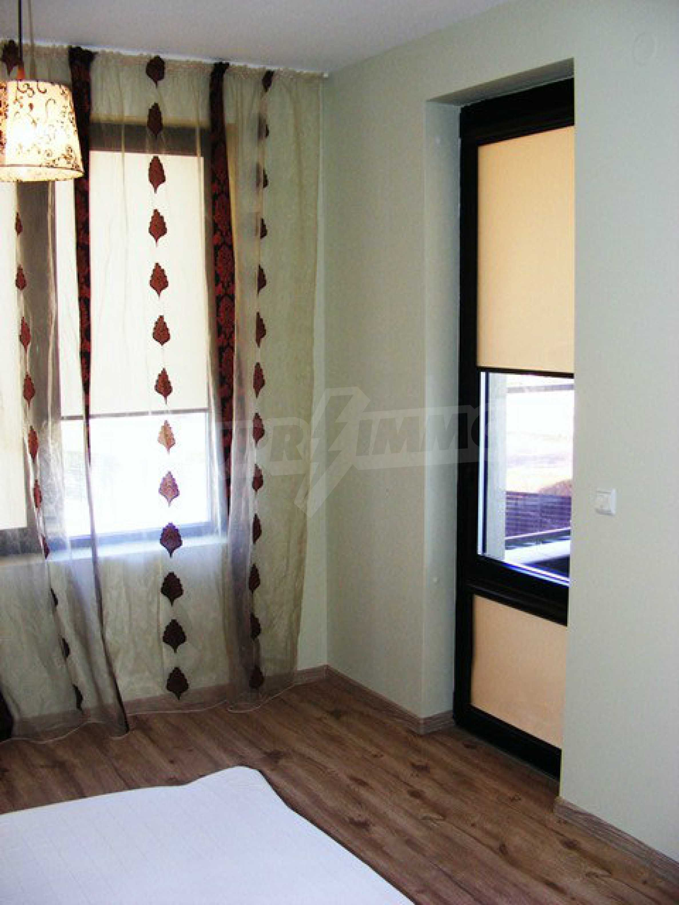 Apartment ''Black and Beige'' 27