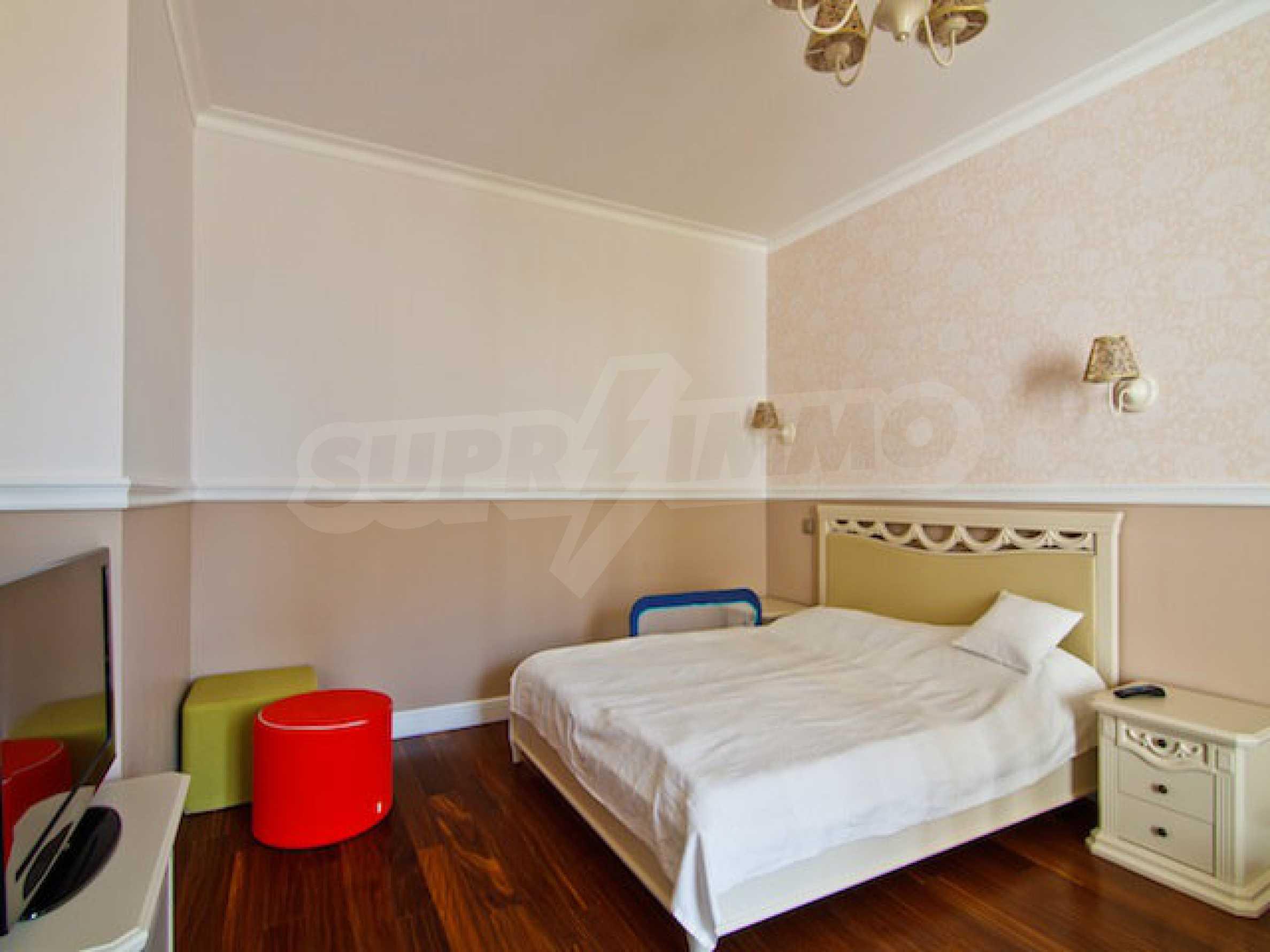 Luxuriös eingerichtetes Apartment mit einem Schlafzimmer 17
