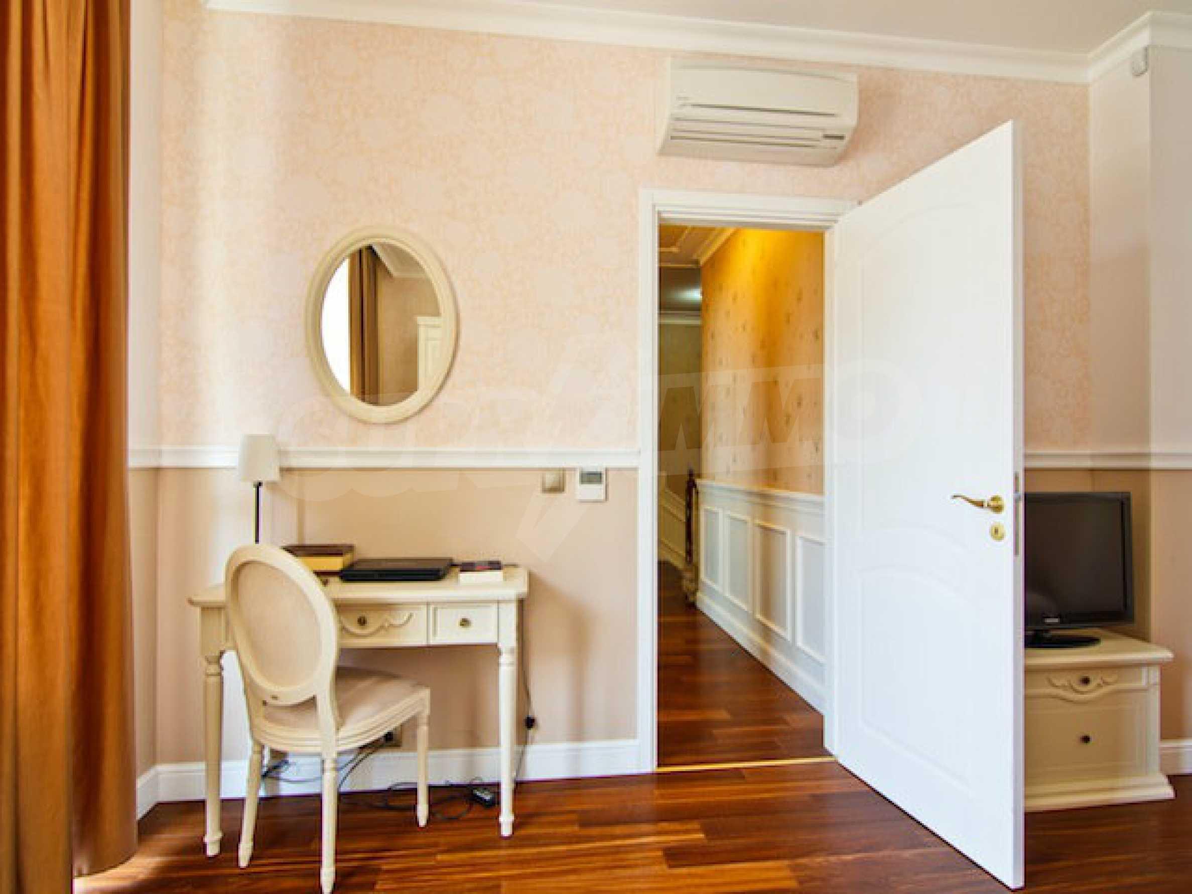 Luxuriös eingerichtetes Apartment mit einem Schlafzimmer 18