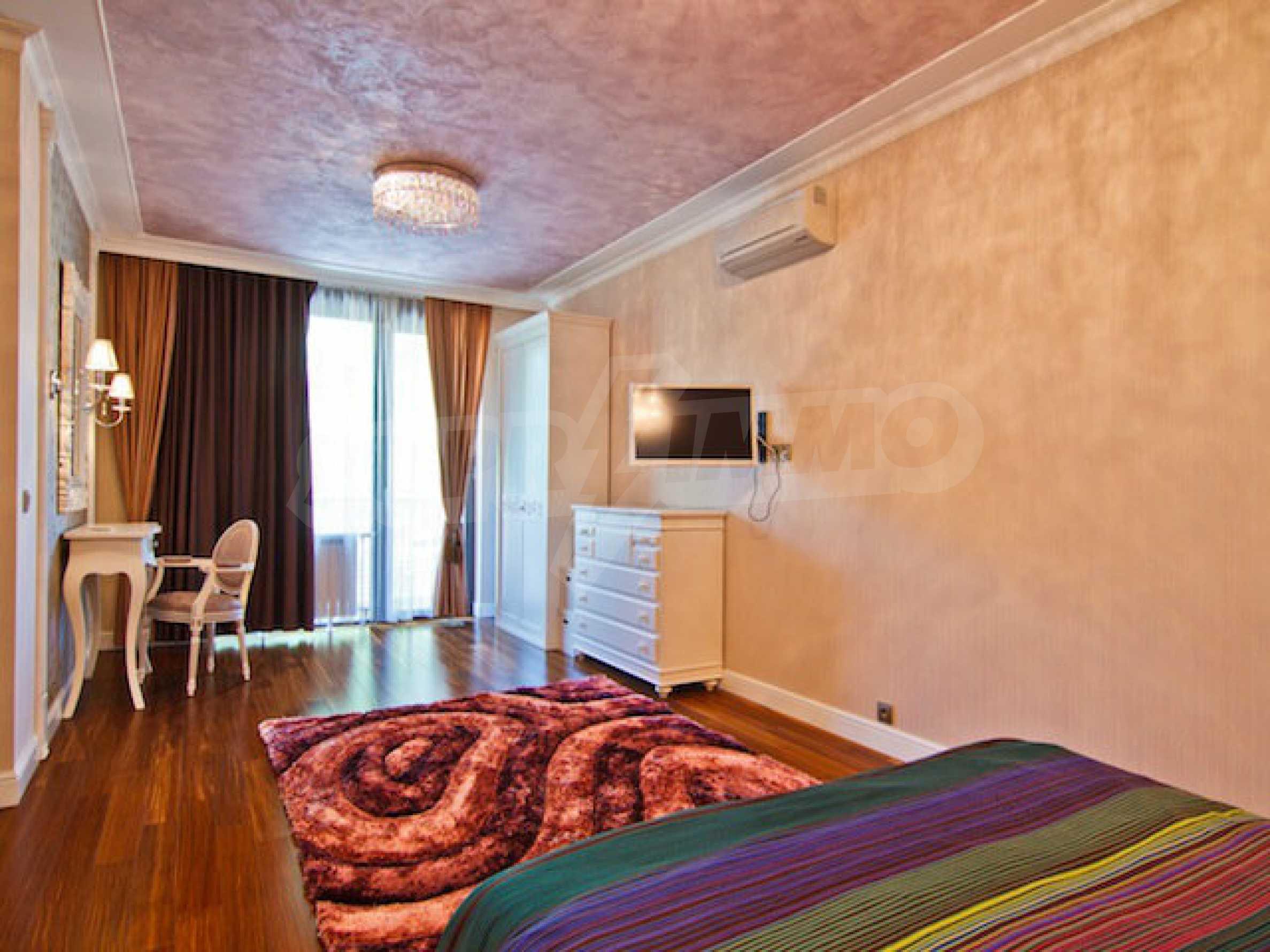 Luxuriös eingerichtetes Apartment mit einem Schlafzimmer 20
