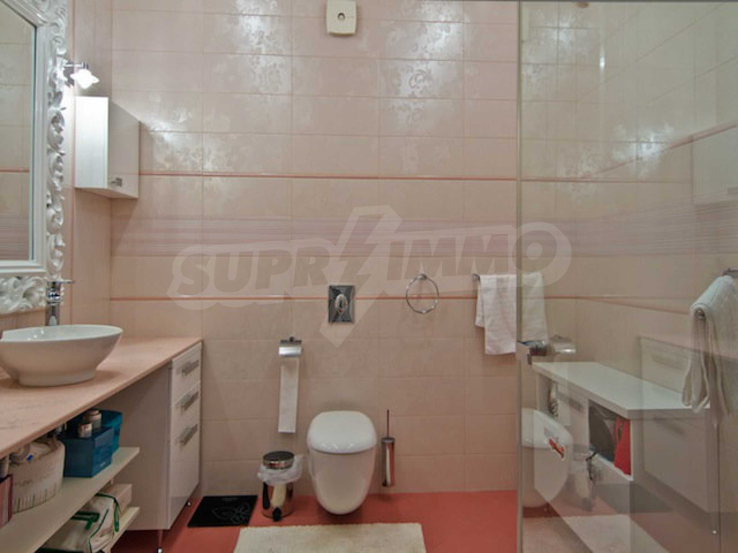 Luxuriös eingerichtetes Apartment mit einem Schlafzimmer 22