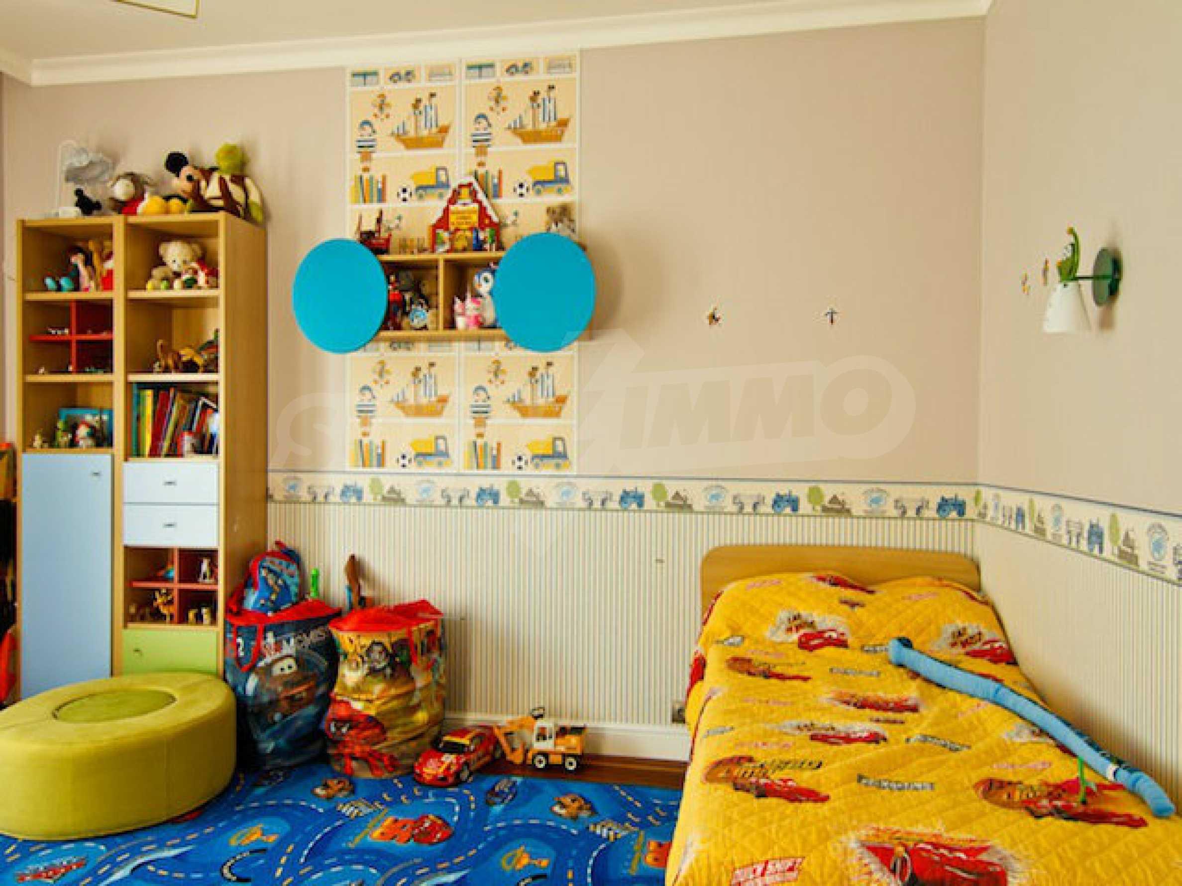Luxuriös eingerichtetes Apartment mit einem Schlafzimmer 25