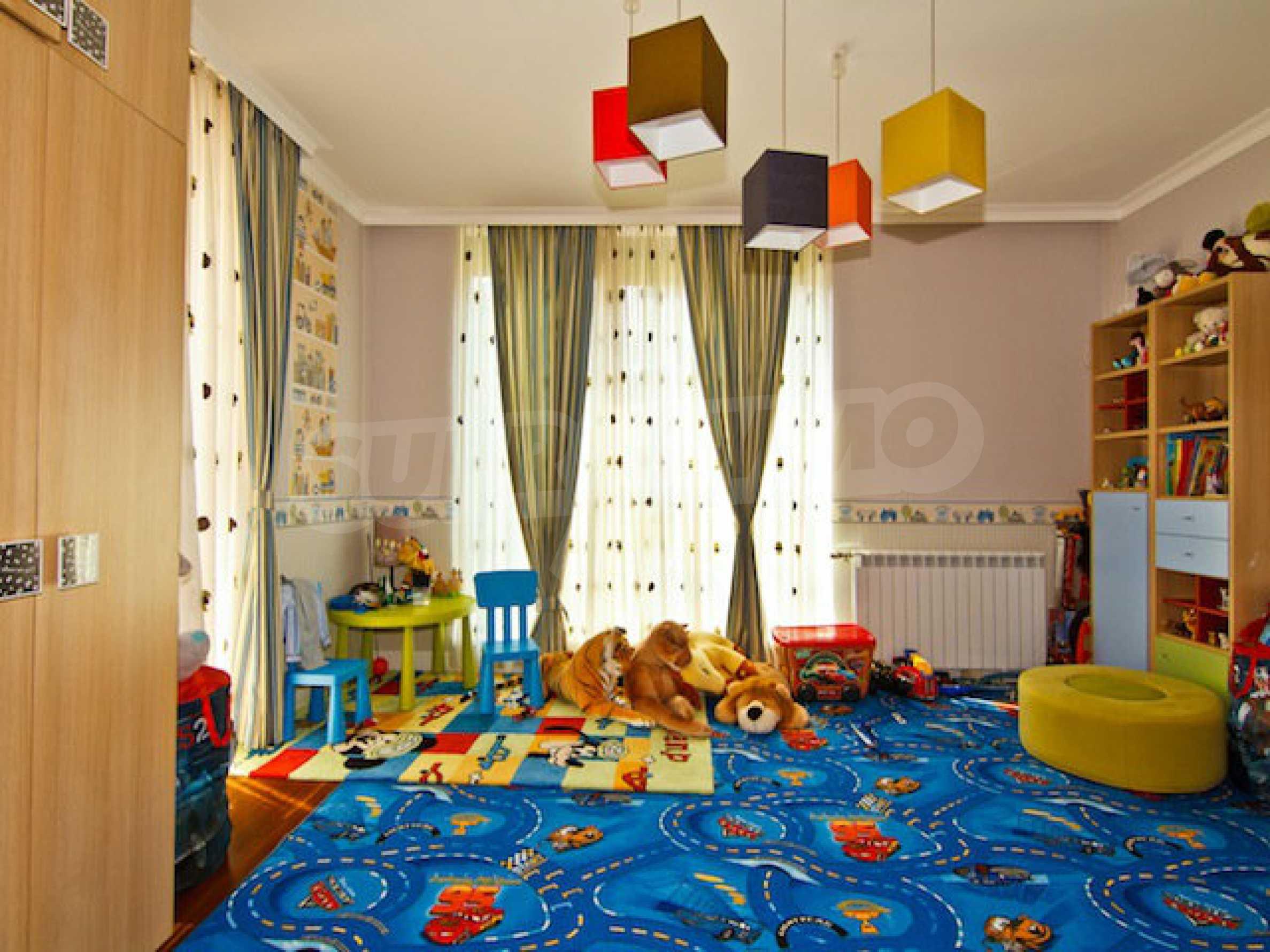 Luxuriös eingerichtetes Apartment mit einem Schlafzimmer 26