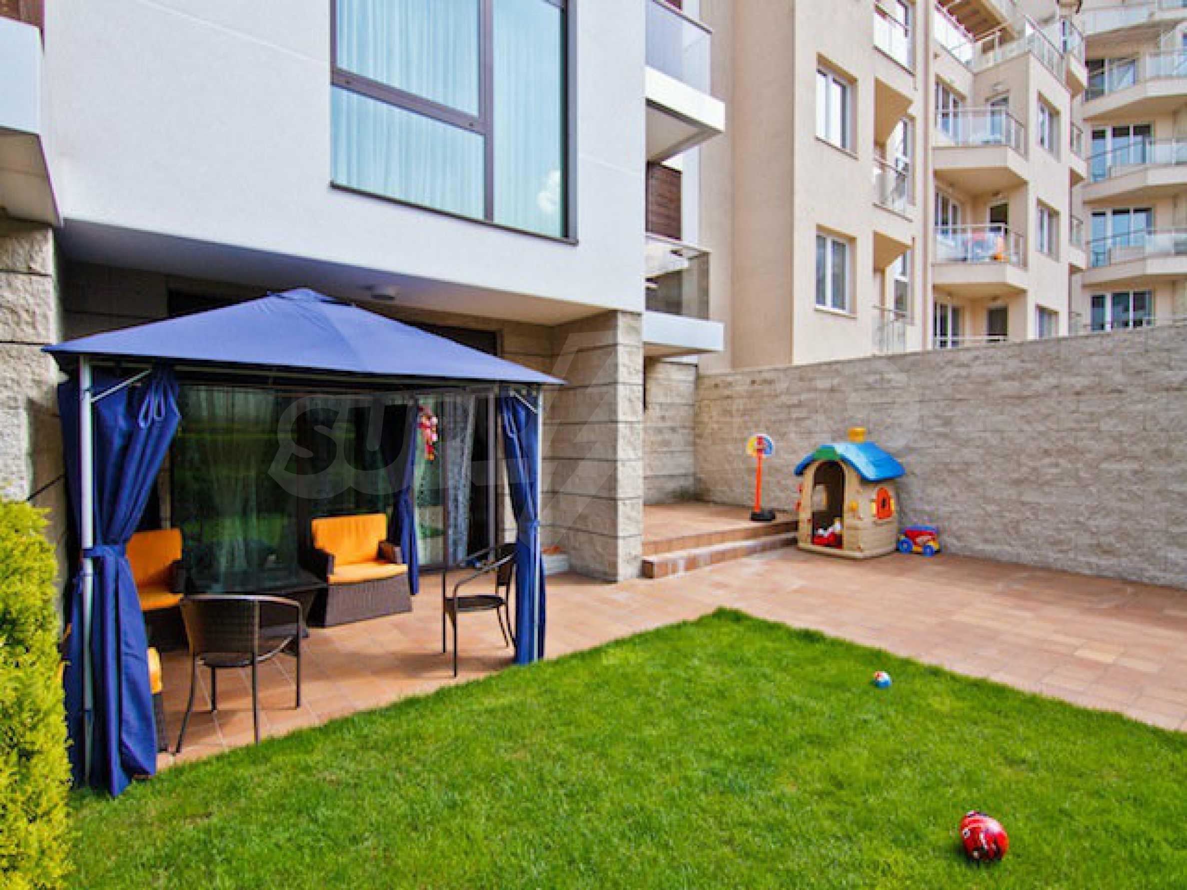 Luxuriös eingerichtetes Apartment mit einem Schlafzimmer 34