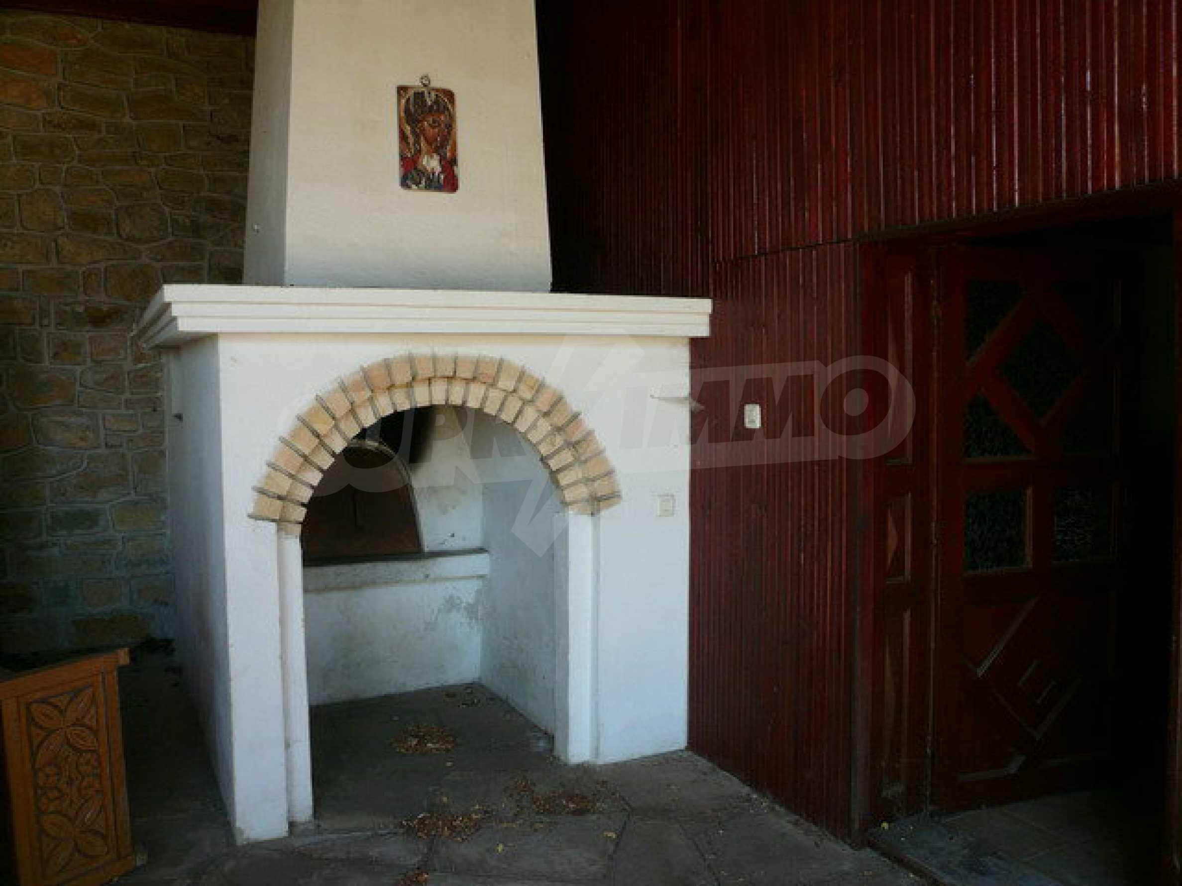 Реновирана къща само на 3 км от Велико Търново  17