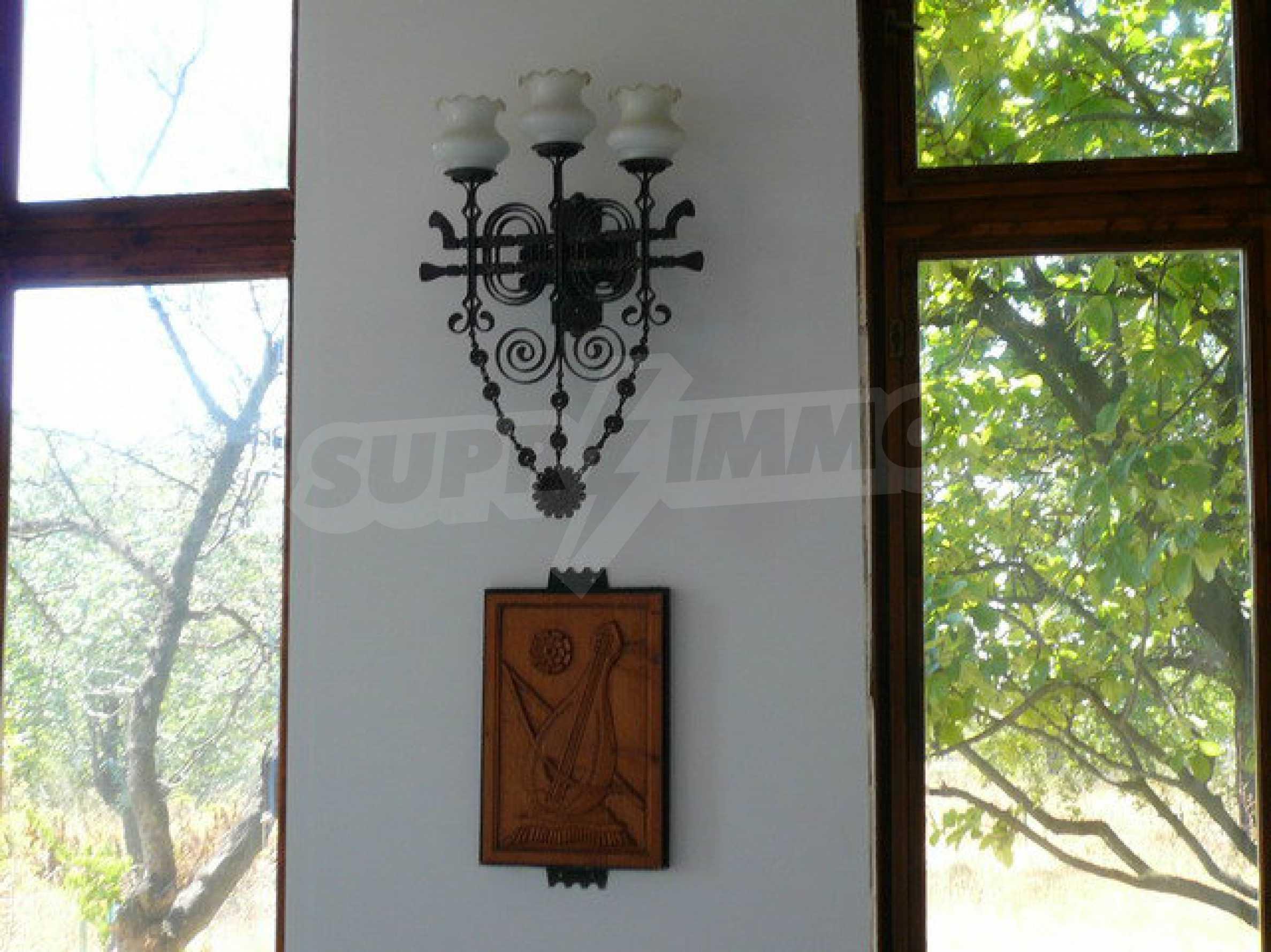 Реновирана къща само на 3 км от Велико Търново  31
