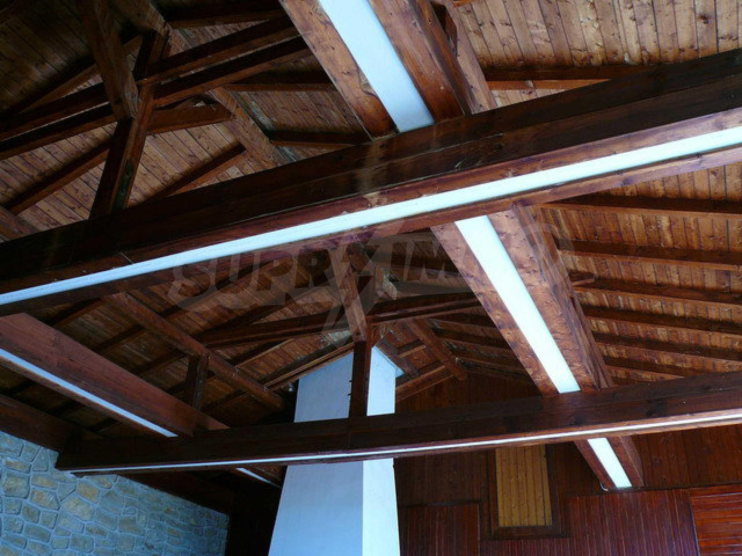 Реновирана къща само на 3 км от Велико Търново  40