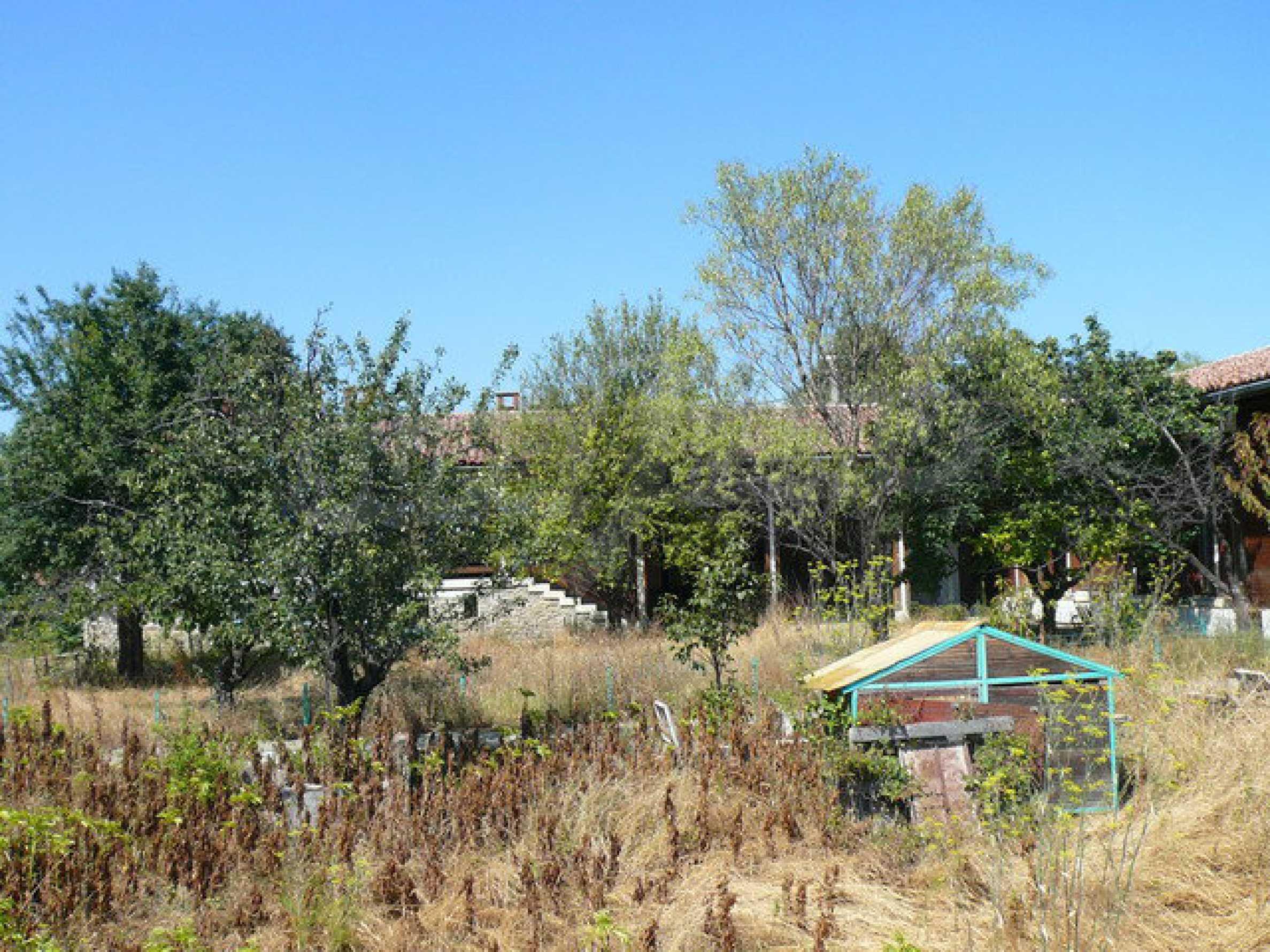 Реновирана къща само на 3 км от Велико Търново  45