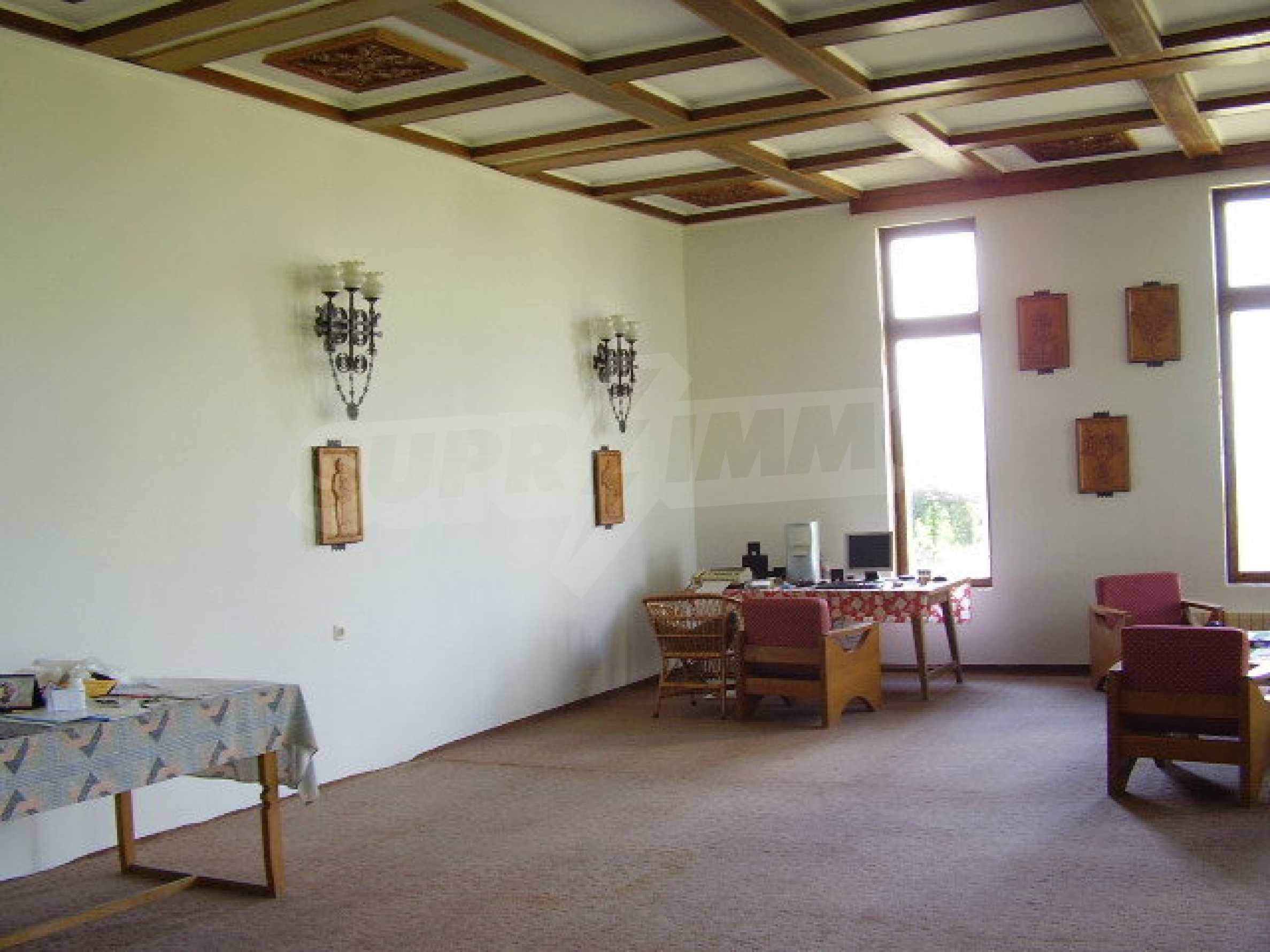 Реновирана къща само на 3 км от Велико Търново  6
