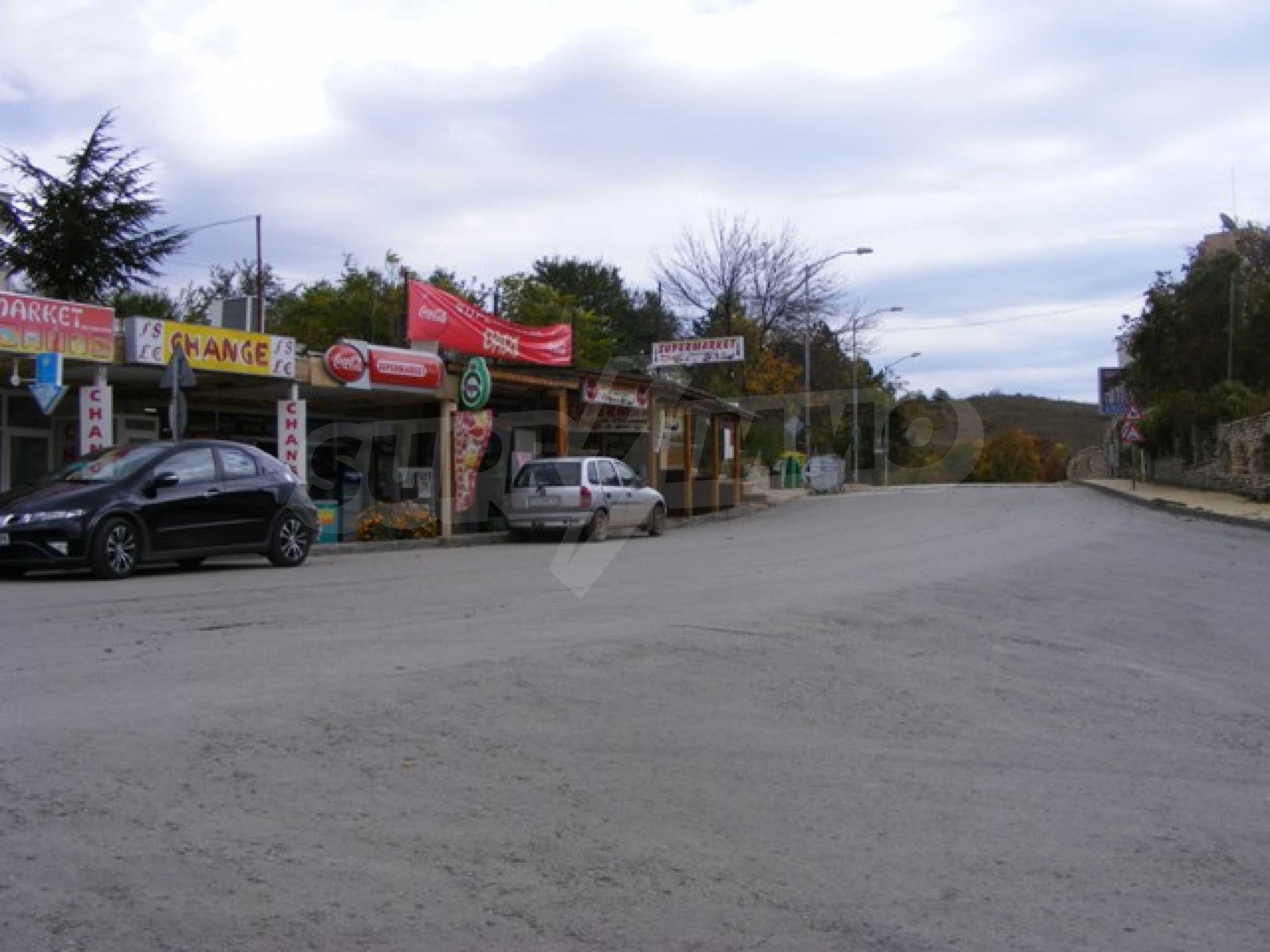 Функциониращ магазин в Балчик 14