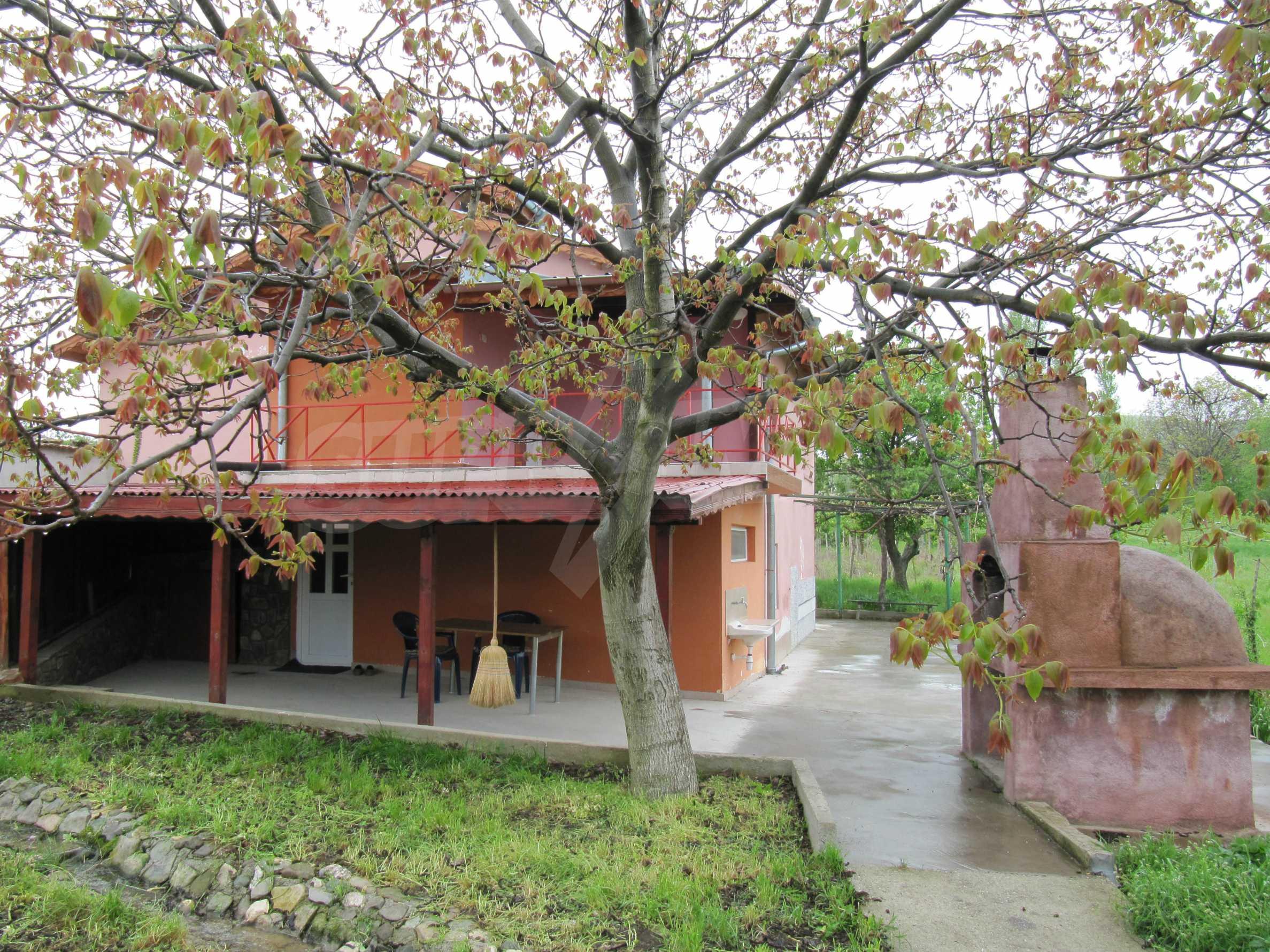 Ausgezeichnetes ländliches Anwesen mit herrlichem Blick auf die Rhodopen bei Kardschali