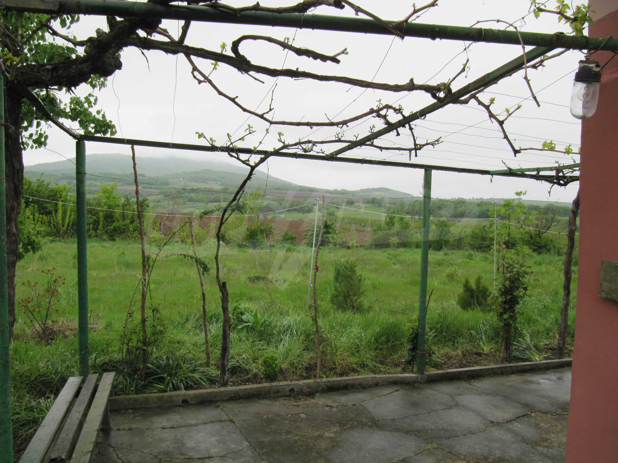 Ausgezeichnetes ländliches Anwesen mit herrlichem Blick auf die Rhodopen bei Kardschali 42
