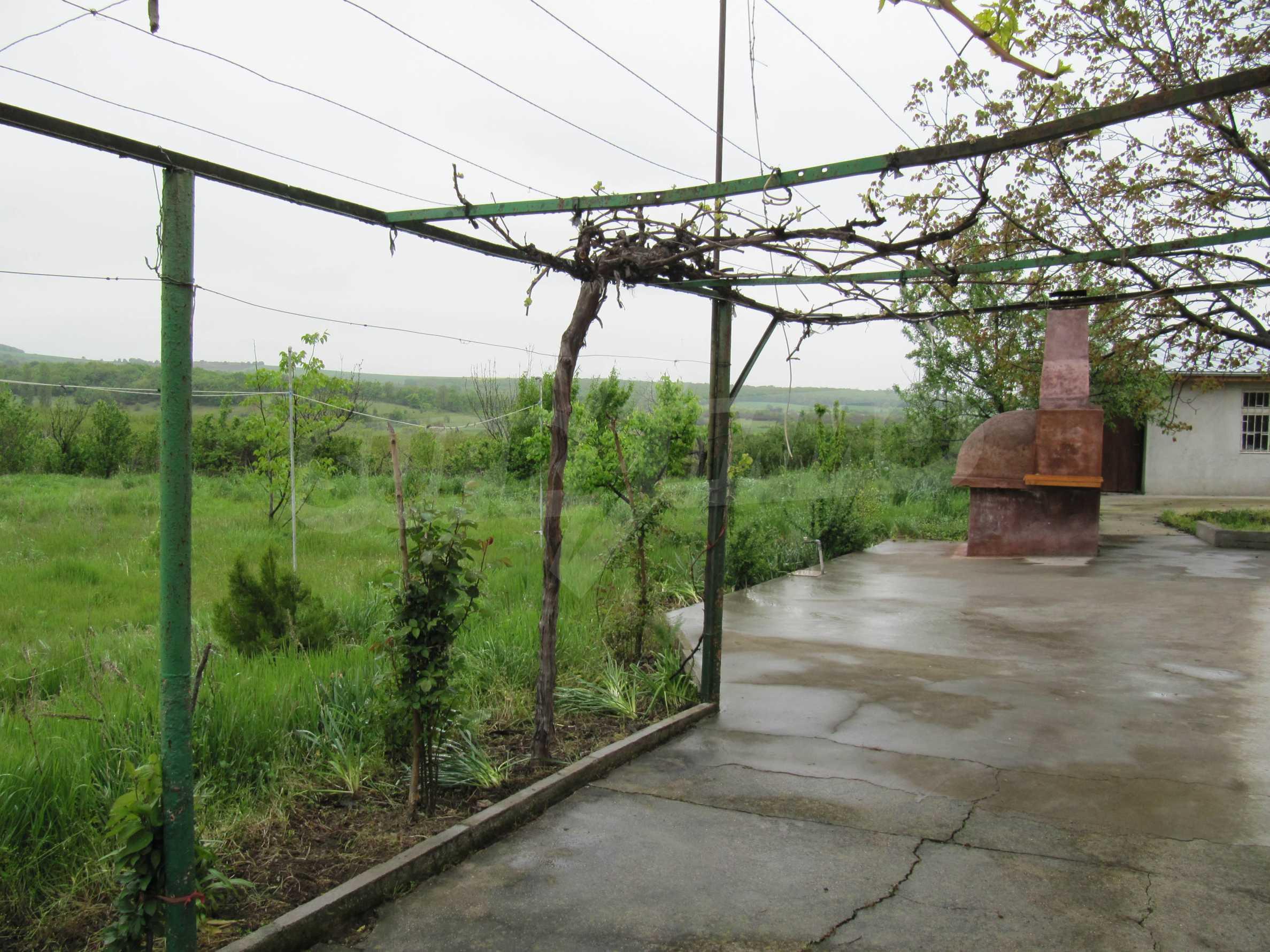 Ausgezeichnetes ländliches Anwesen mit herrlichem Blick auf die Rhodopen bei Kardschali 43