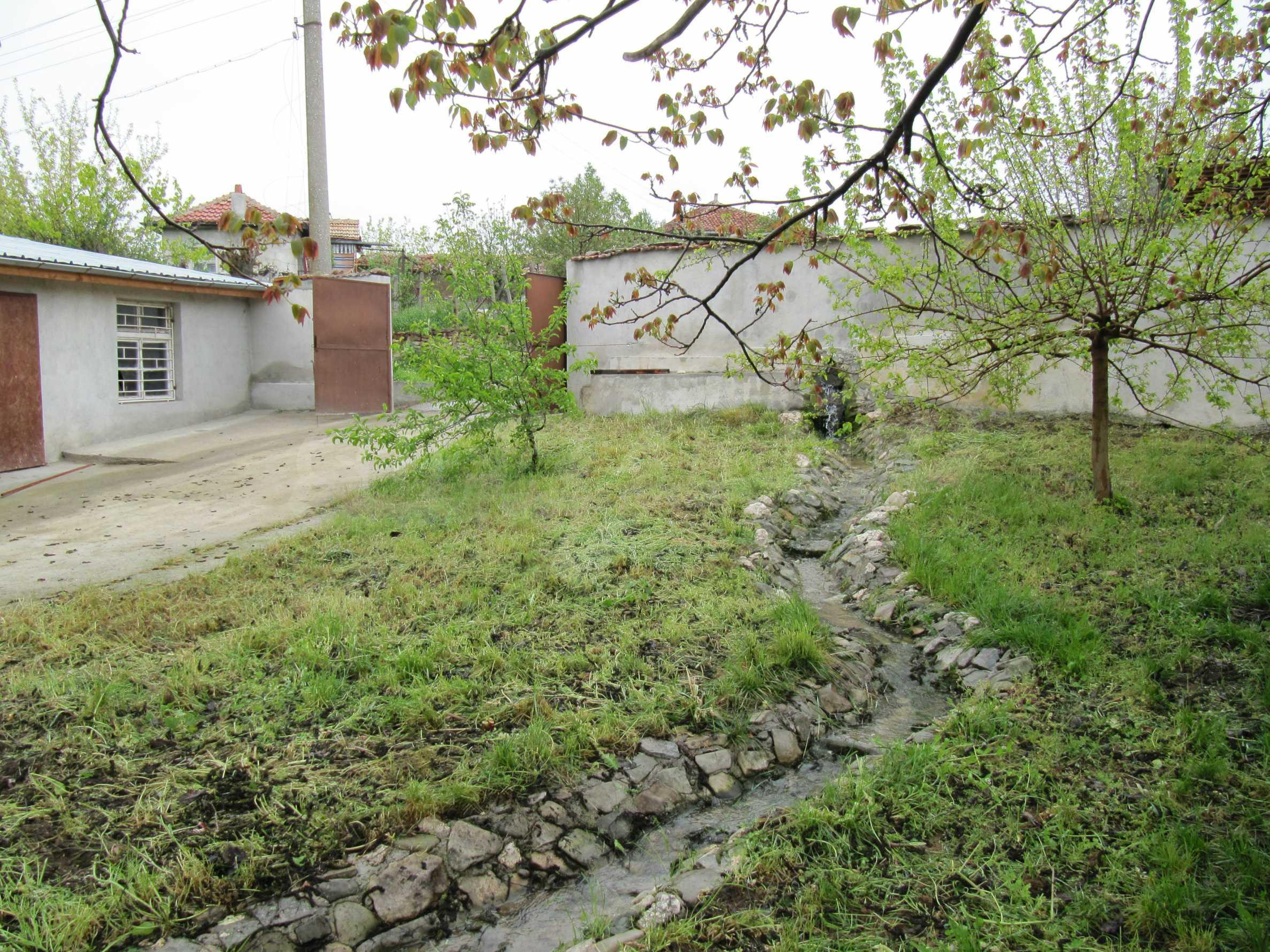 Ausgezeichnetes ländliches Anwesen mit herrlichem Blick auf die Rhodopen bei Kardschali 50