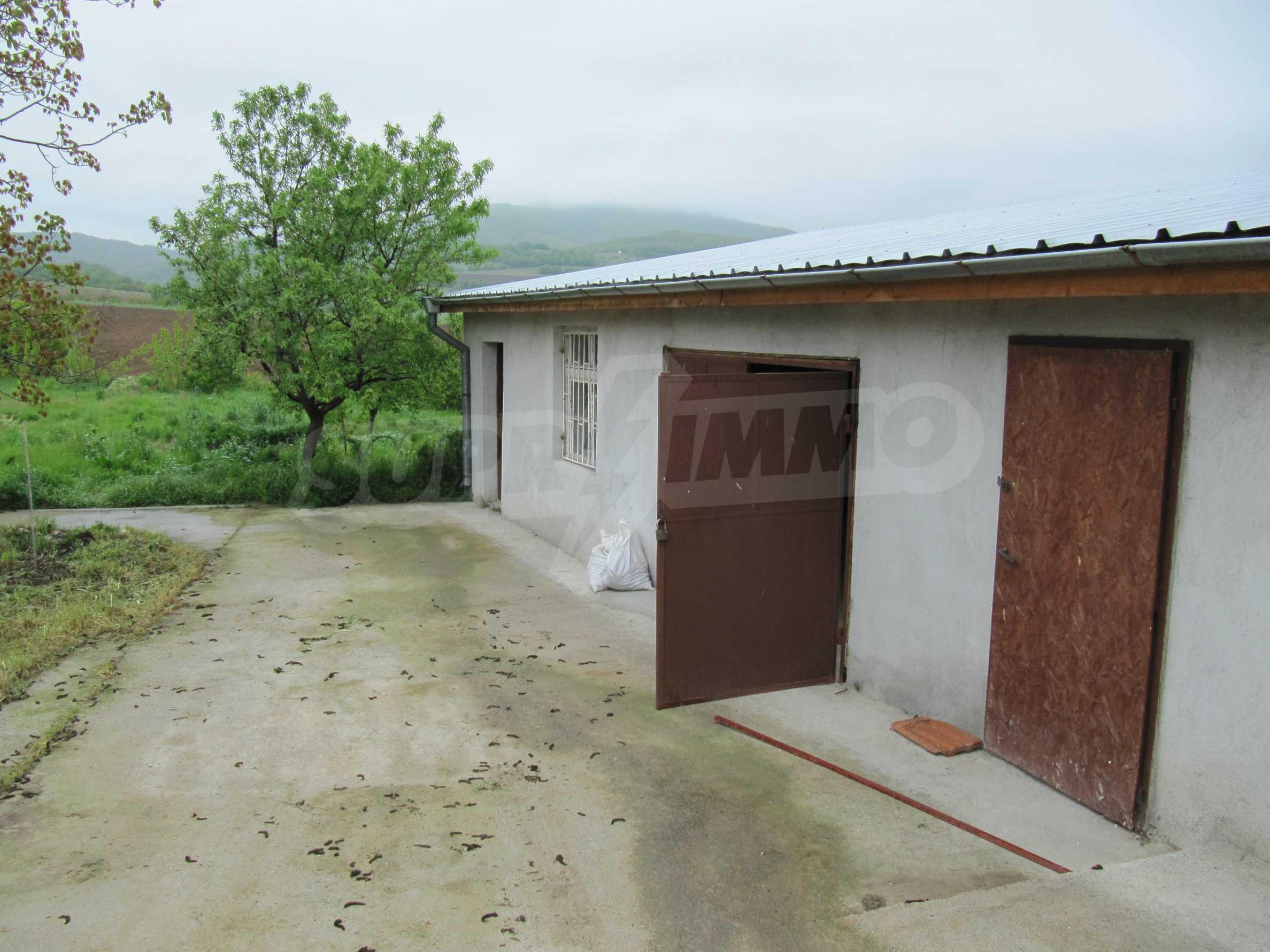 Ausgezeichnetes ländliches Anwesen mit herrlichem Blick auf die Rhodopen bei Kardschali 59